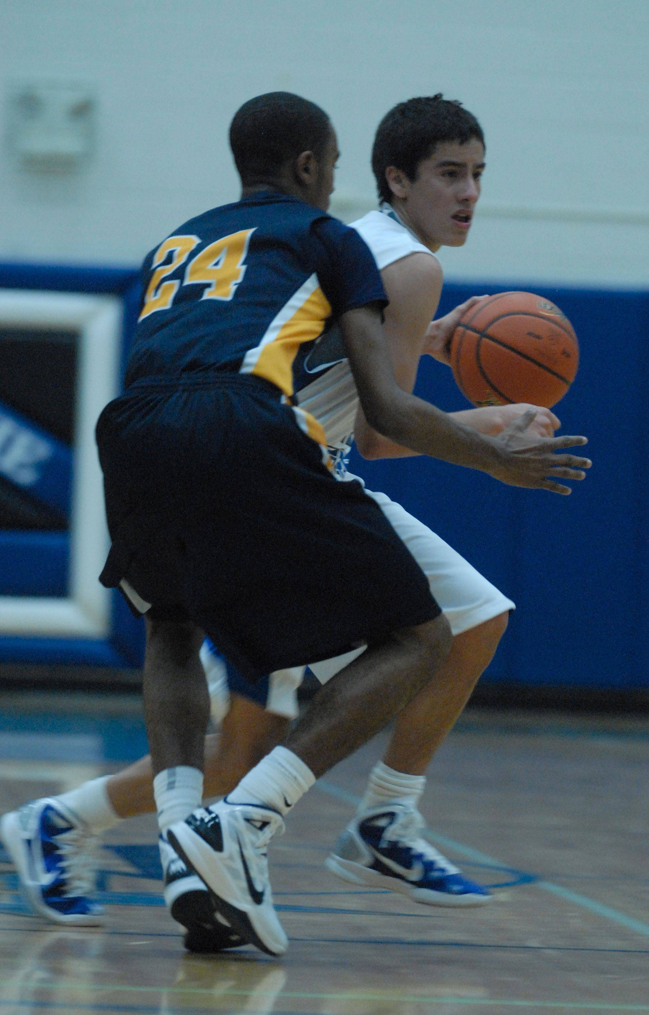 Images from the Neuqua Valley vs. St. Charles North boys basketball game Tuesday, December 14, 2010.