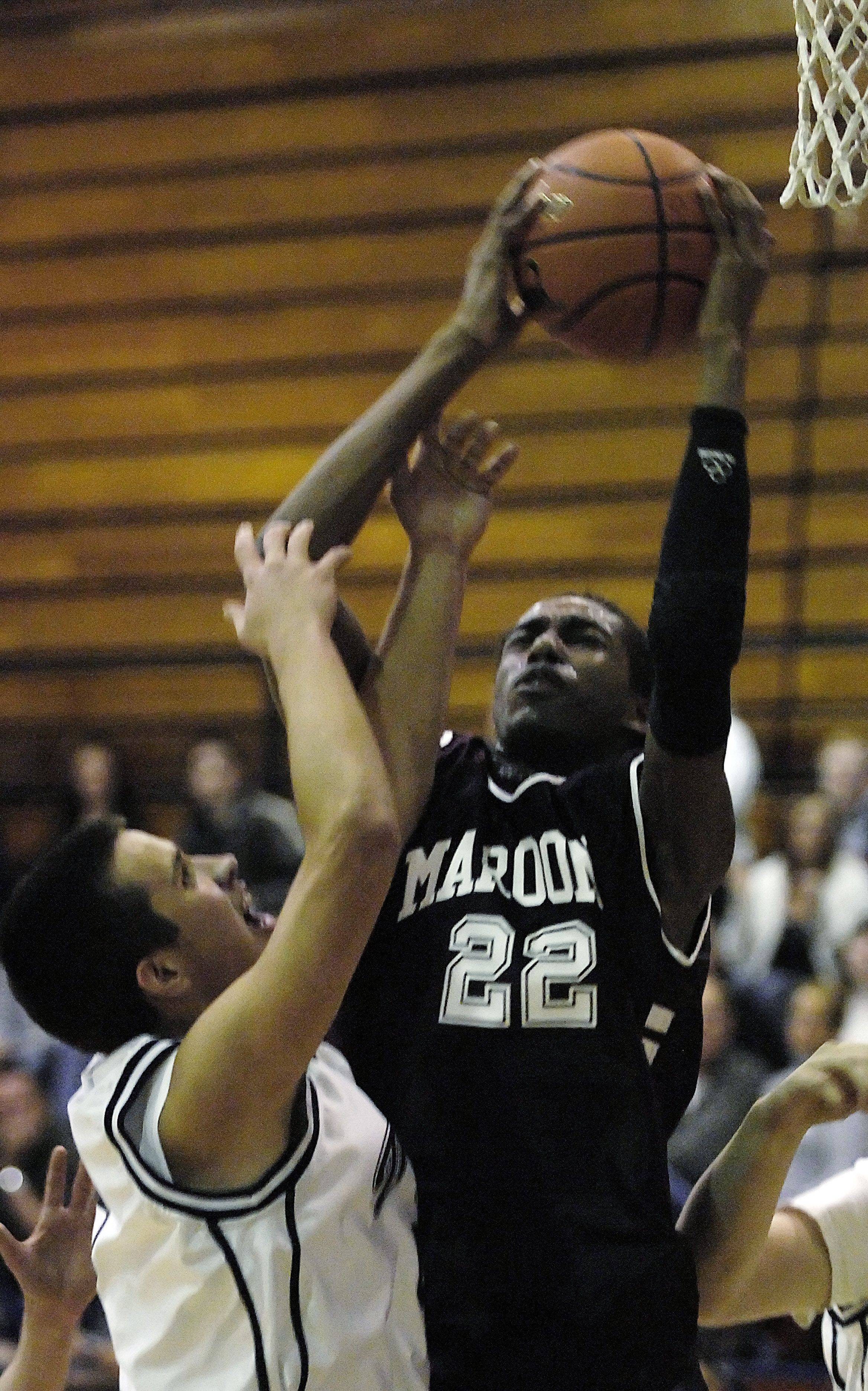 Images from the Elgin vs. Cary-Grove boys basketball game Wednesday, January 5, 2010.