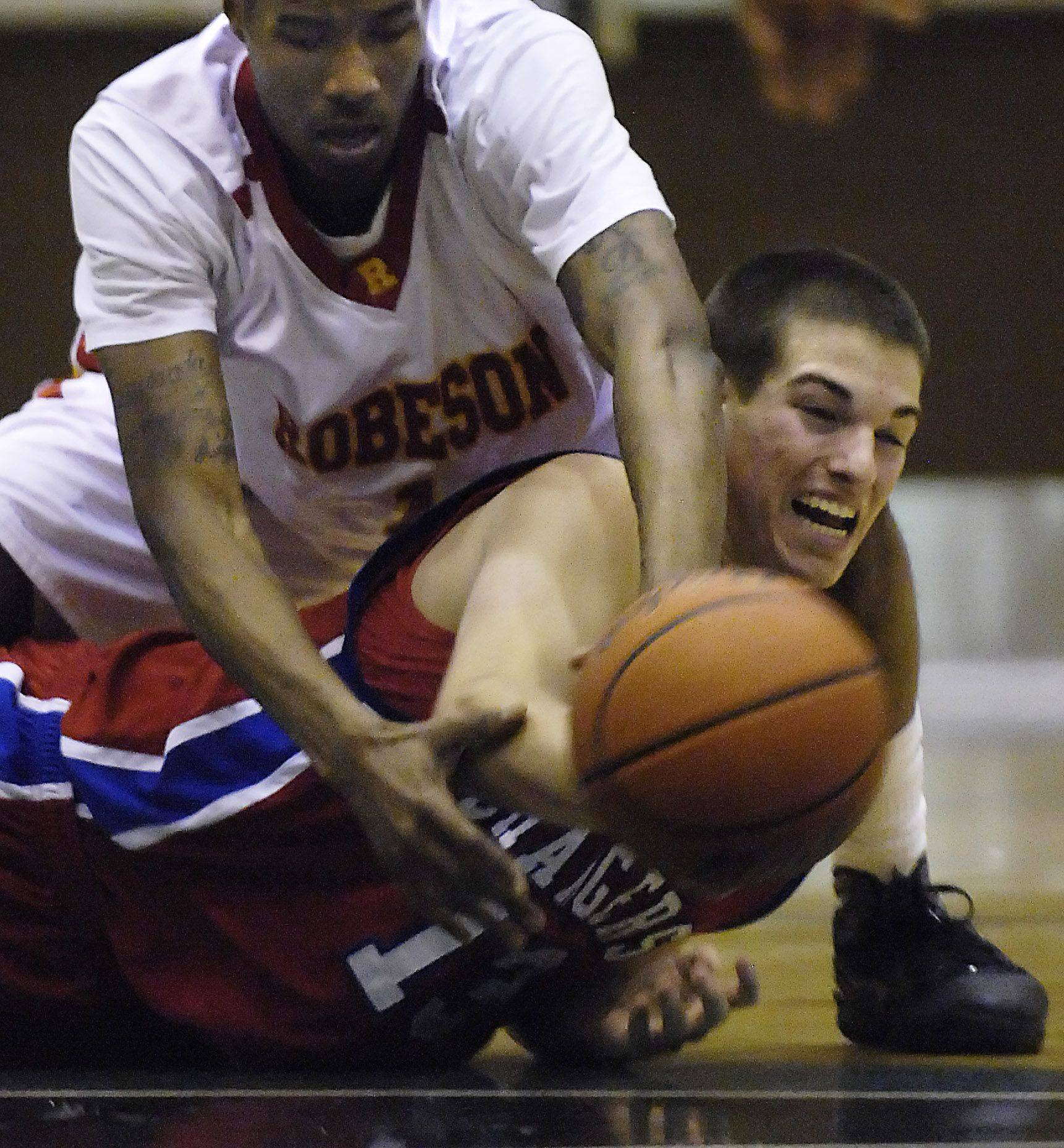 Kimbrough's double-double powers Dundee-Crown