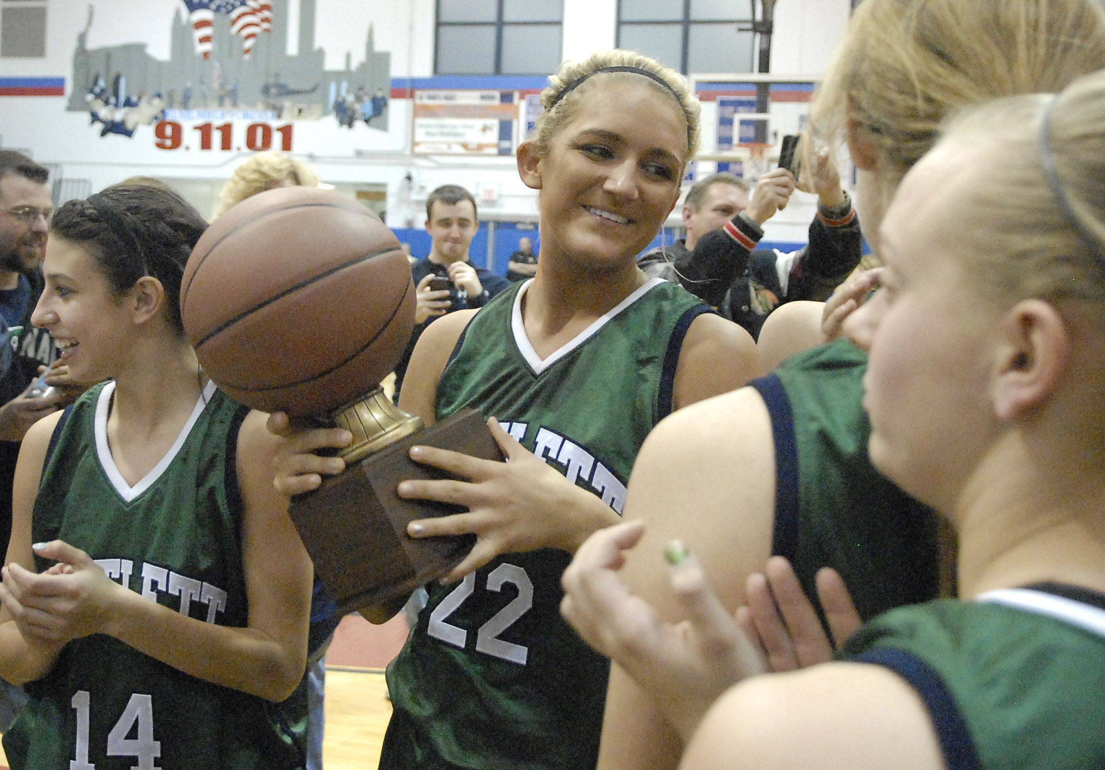 Images: Bartlett vs. New Trier girls basketball