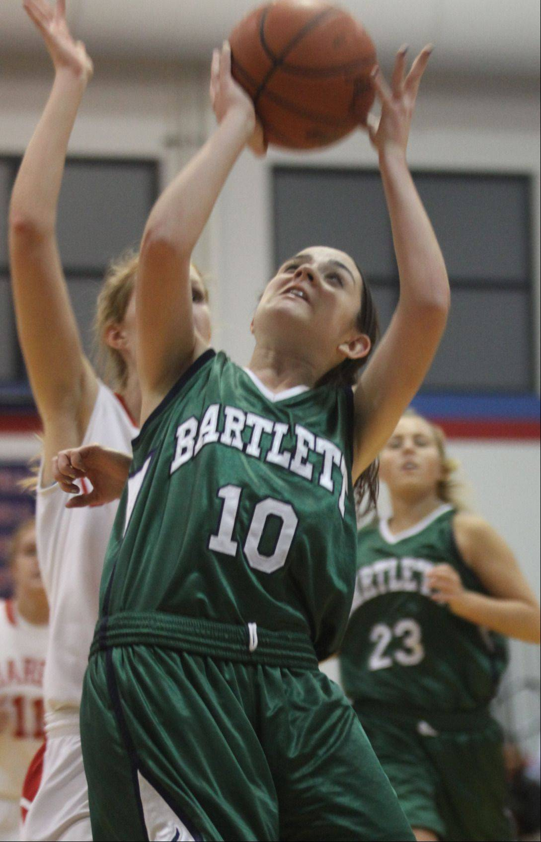 Senior Nicole Gobbo (10) could be in a starting role for Bartlett at Waubonsie Valley tonight.