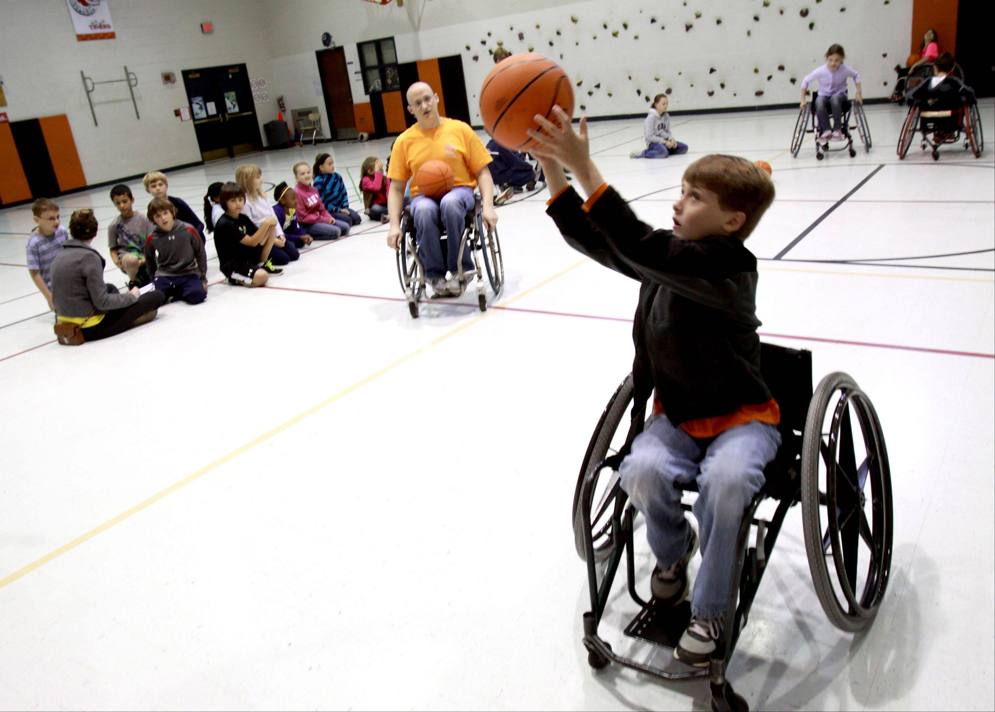 Wheaton students gain appreciation for disabilities through WDSRA program