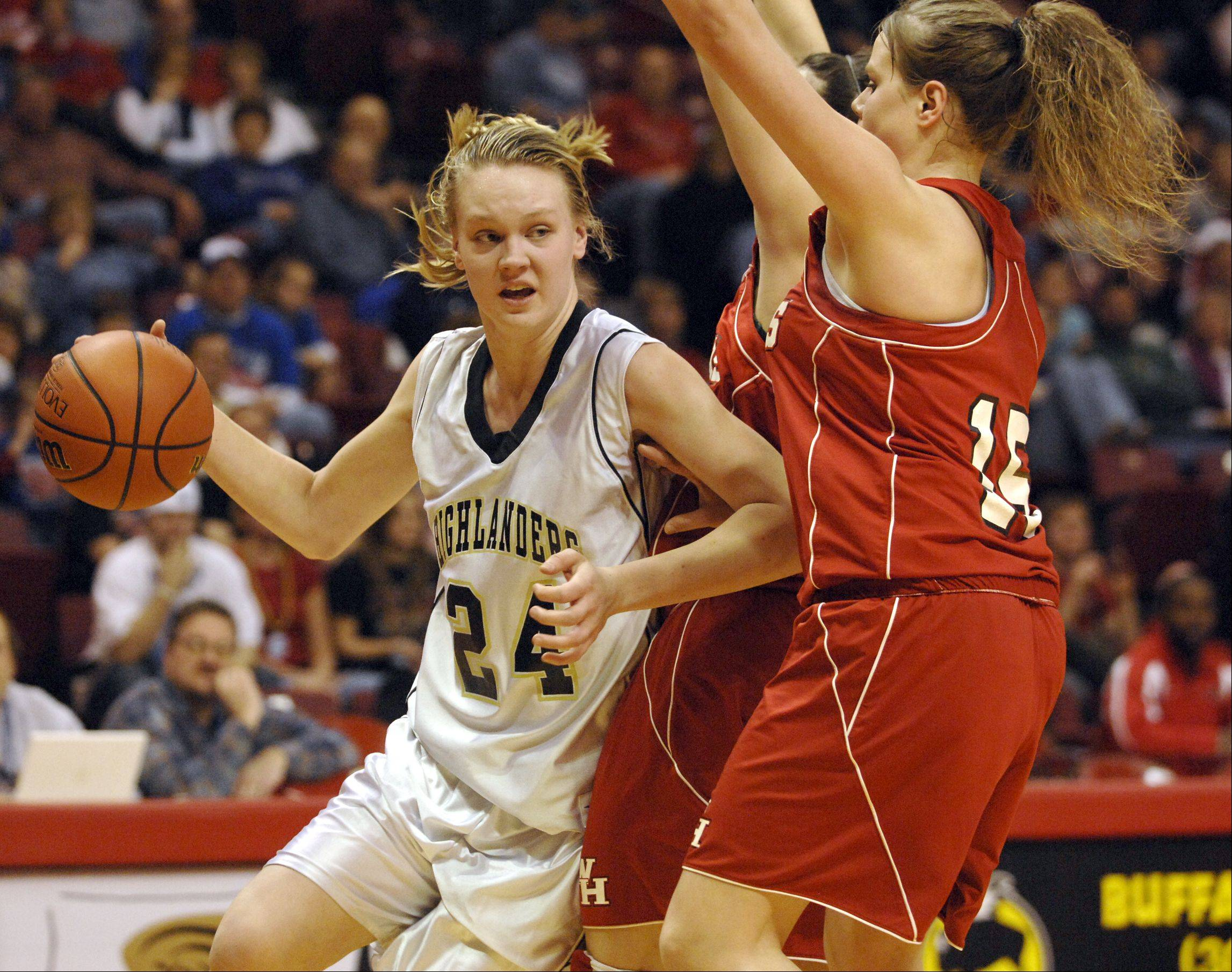 Courtney Lindfors (24), playing for Driscoll in the 2009 Class 2A state championship game, has transferred to Loyola University from Wisconsin-Milwaukee.