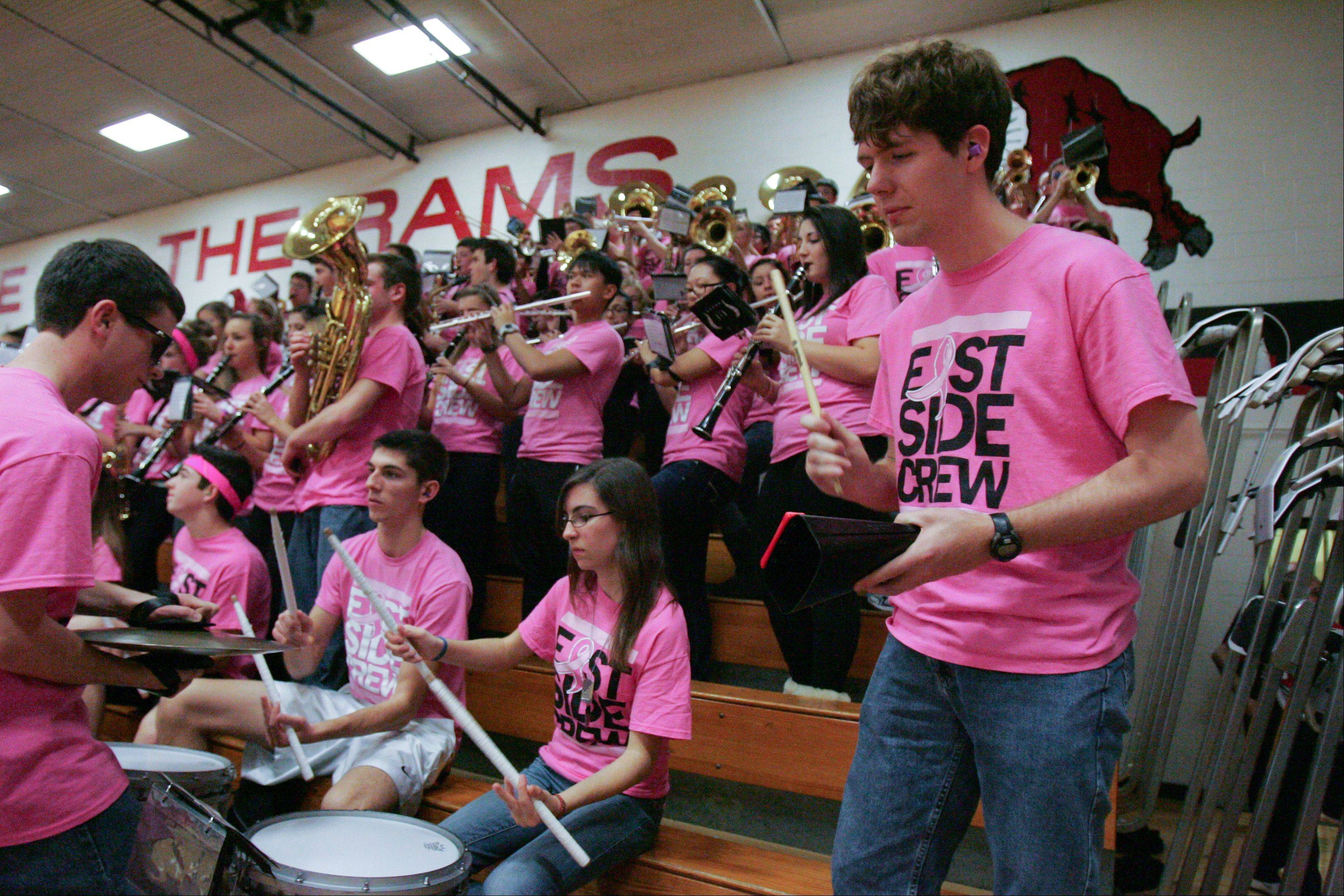 Images: Naperville Central at Glenbard East boys basketball