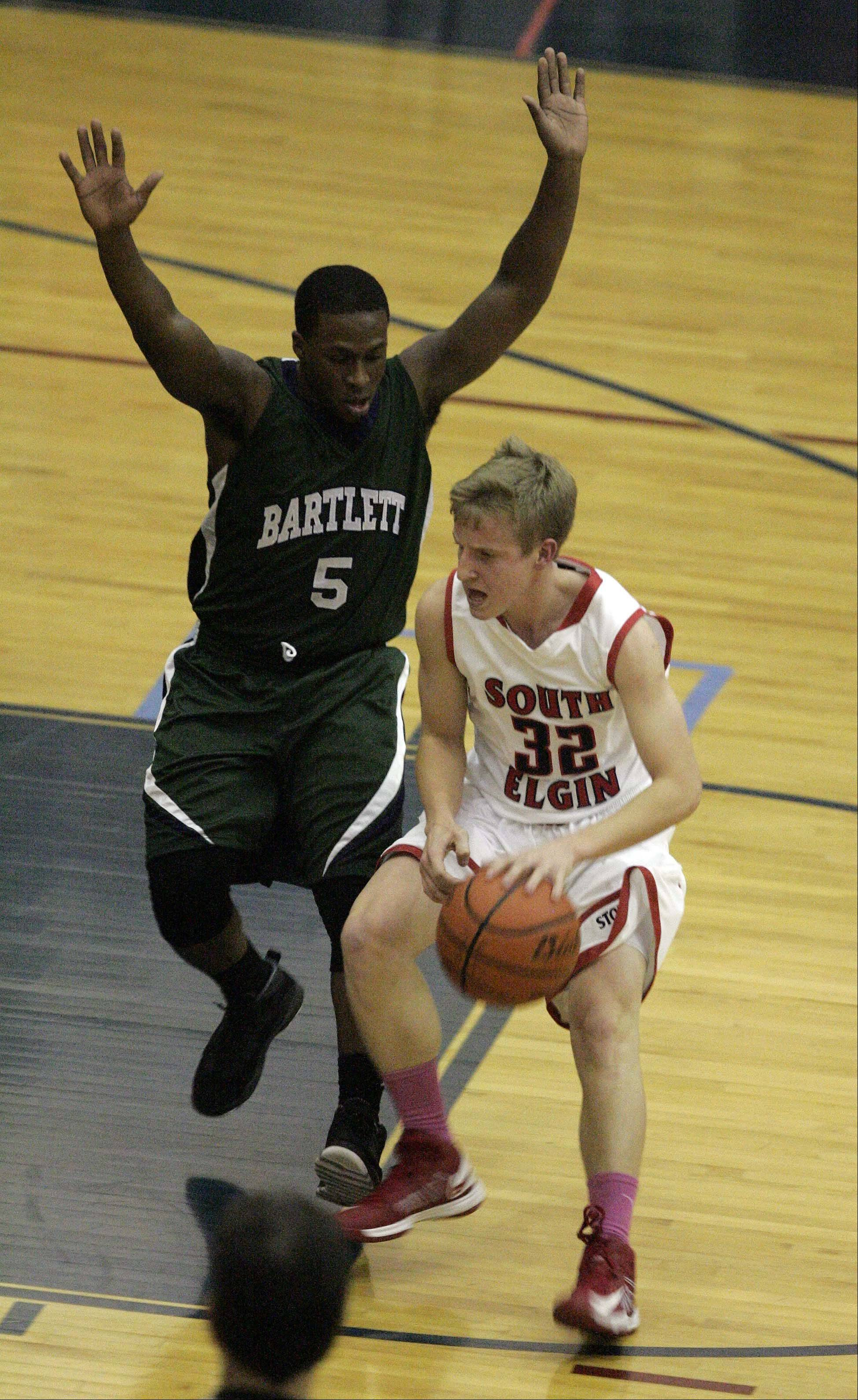 Images: Bartlett vs. South Elgin, boys basketball