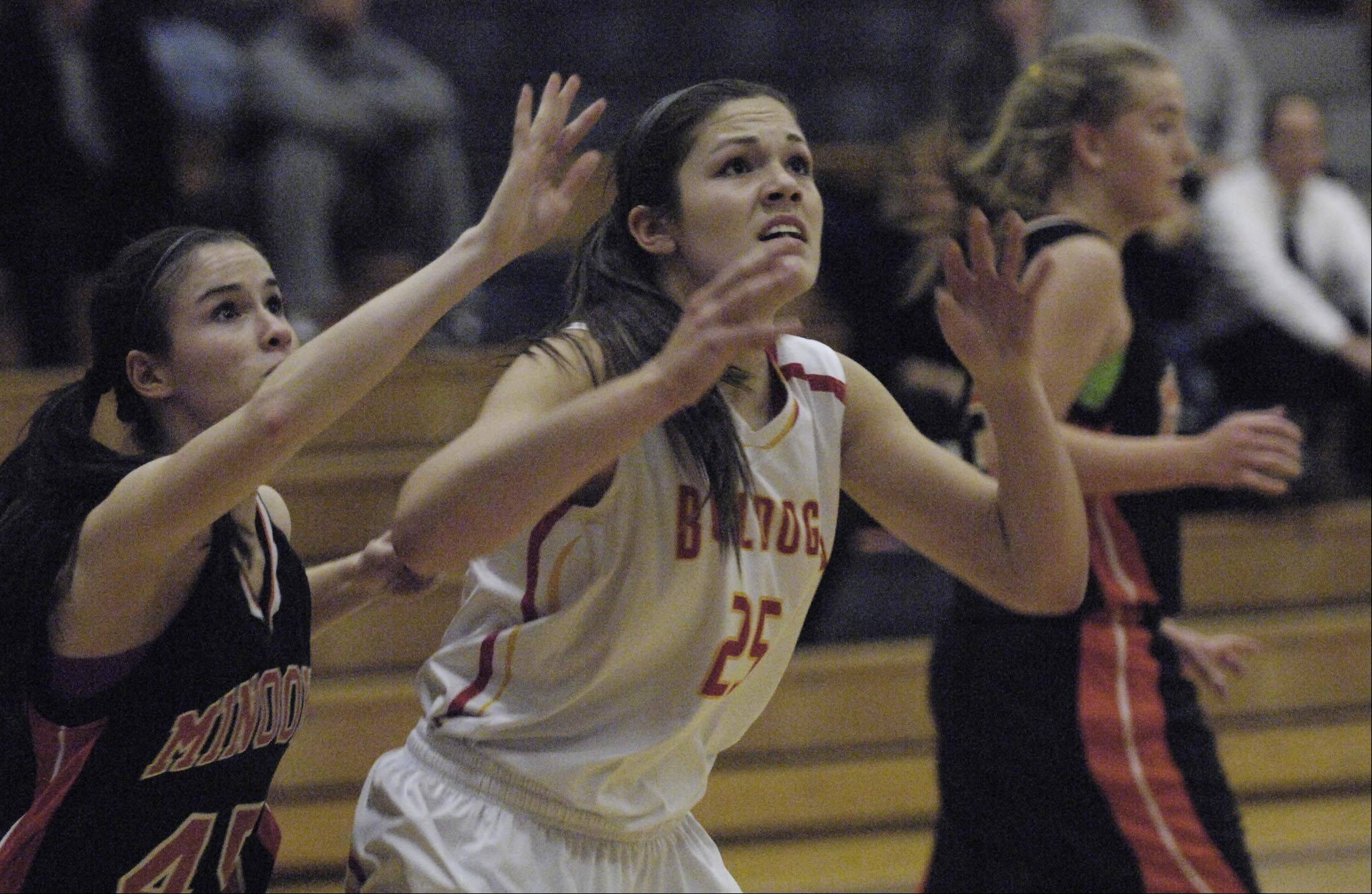 Images from the Minooka vs. Batavia girls basketball game Monday, December 10, 2012 in Oswego.