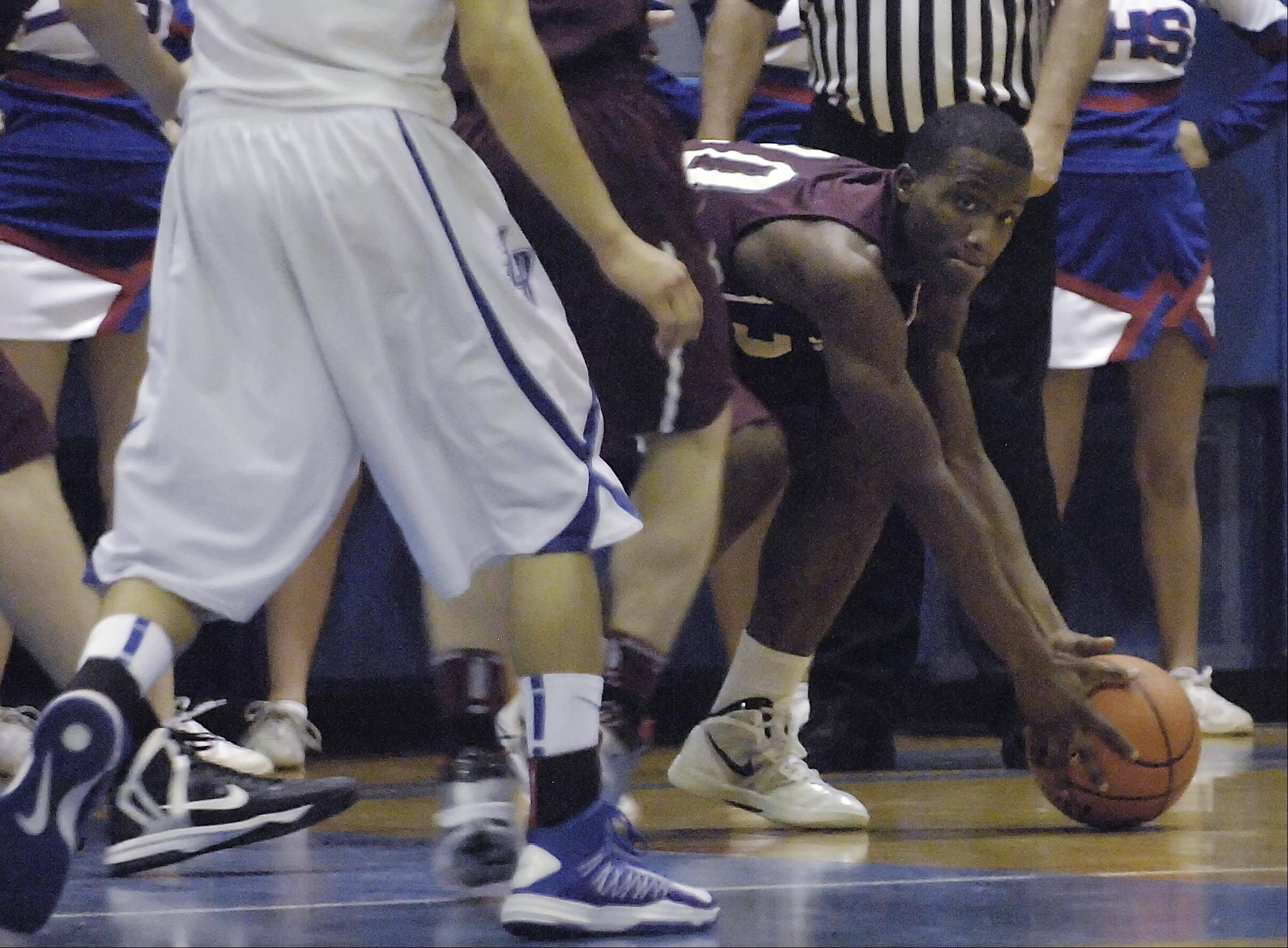 Images from the Elgin vs. Larkin boys basketball game Wednesday, December 12, 2012.