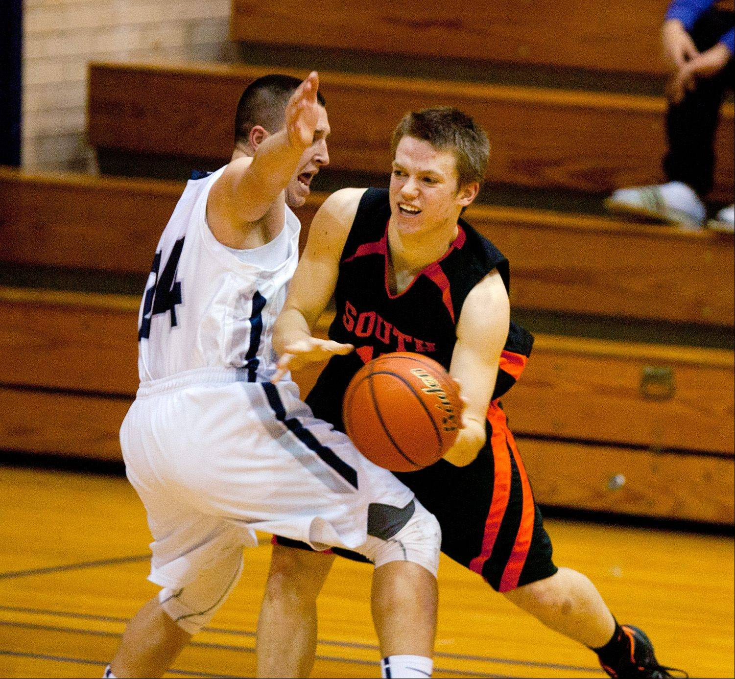 Images: Wheaton Warrenville South vs. Addison Trail, boys basketball