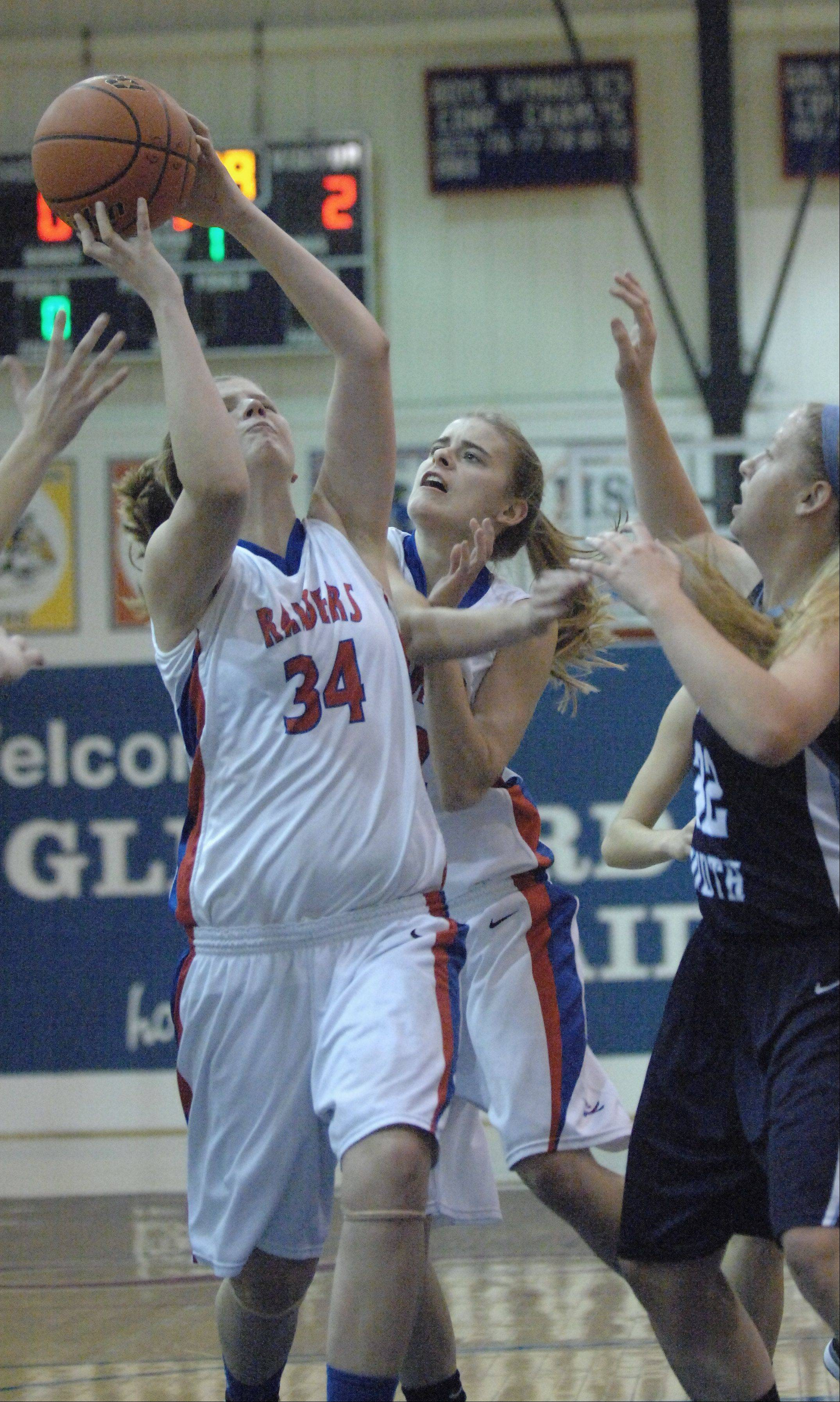 Glenbard South hosted Downers Grove South Thursday night for girls basketball.