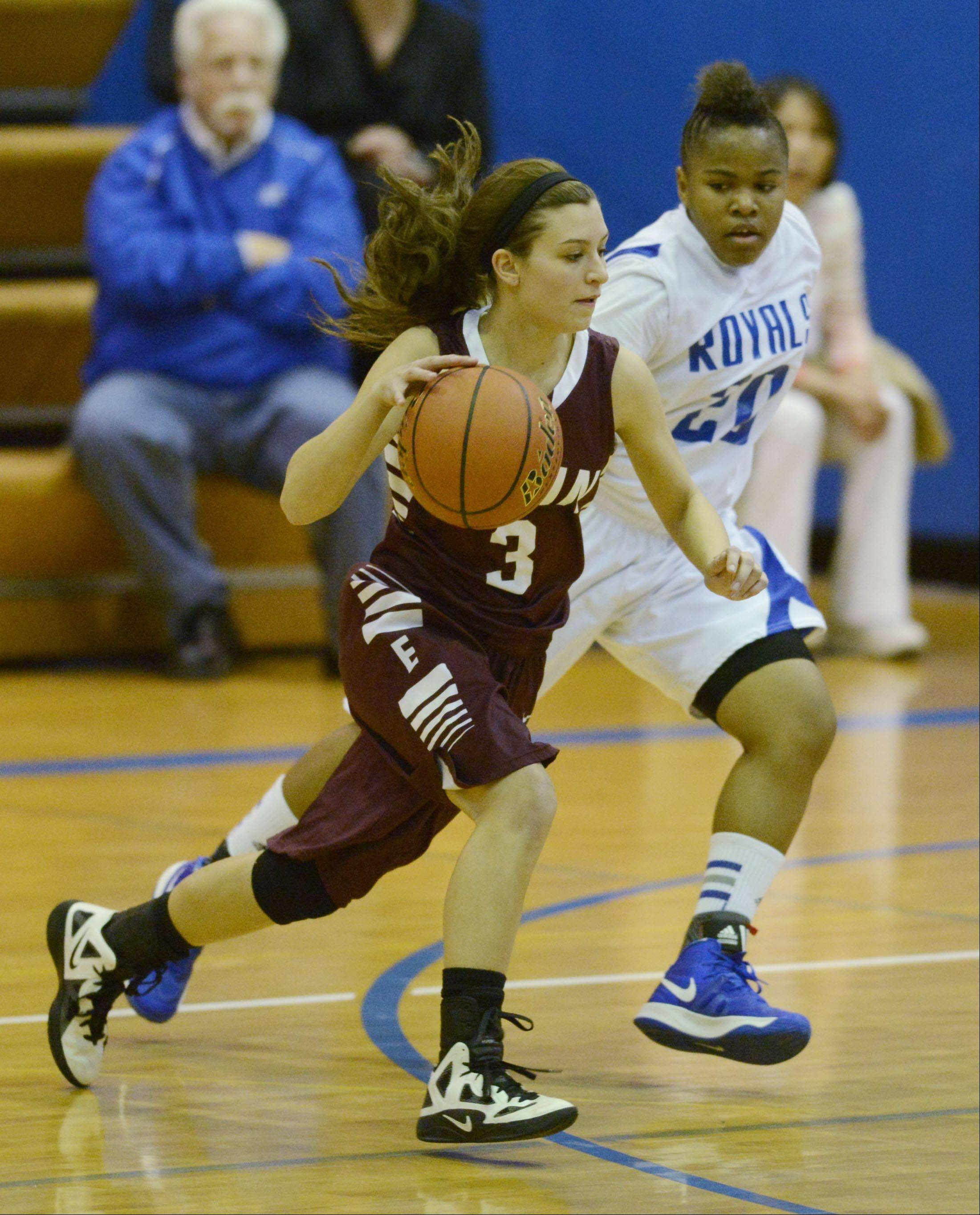 Images from the Elgin vs. Larkin girls basketball game Tuesday, January 8, 2013.