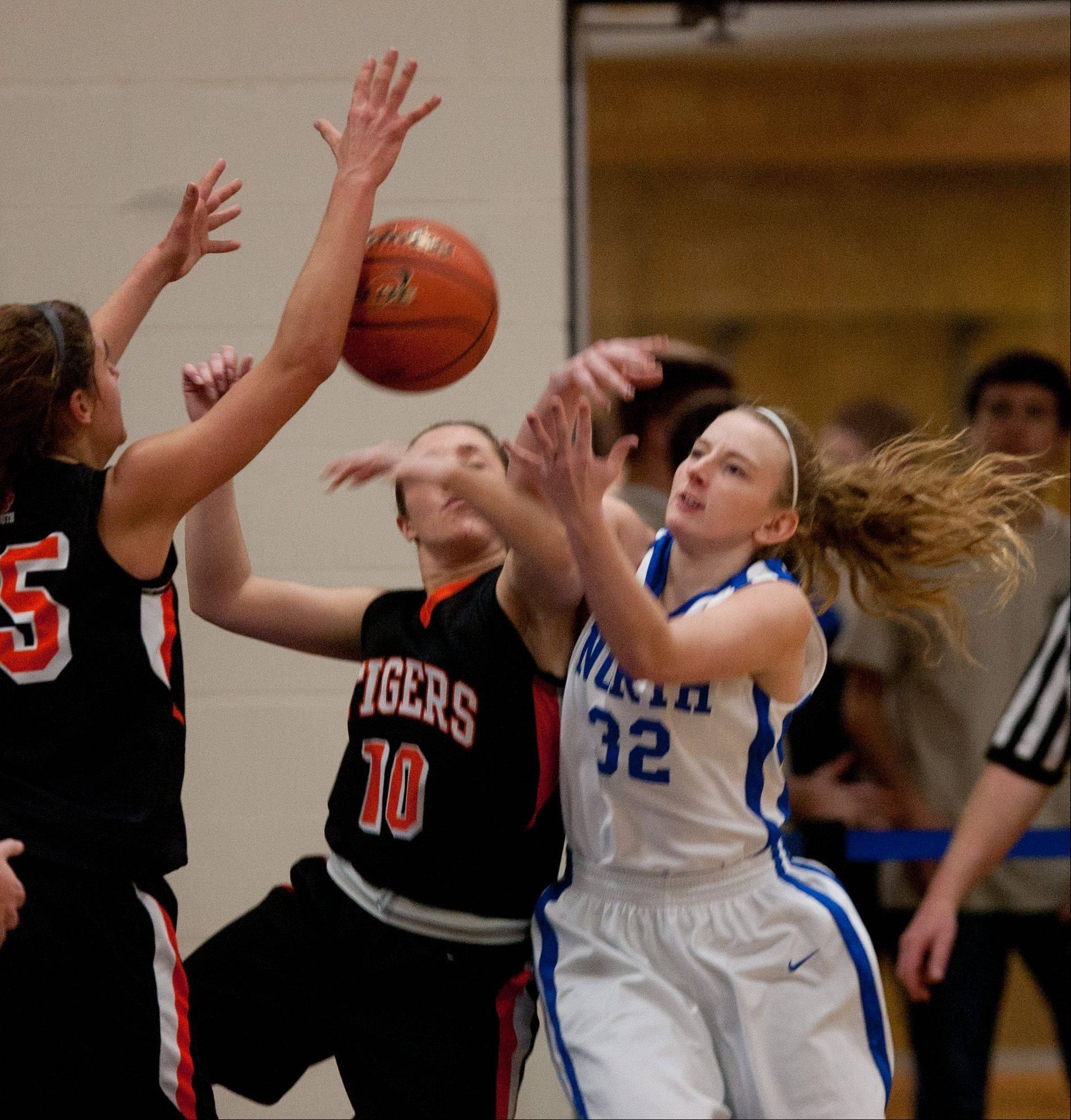 Images: Wheaton North vs. Wheaton Warrenville South girls basketball