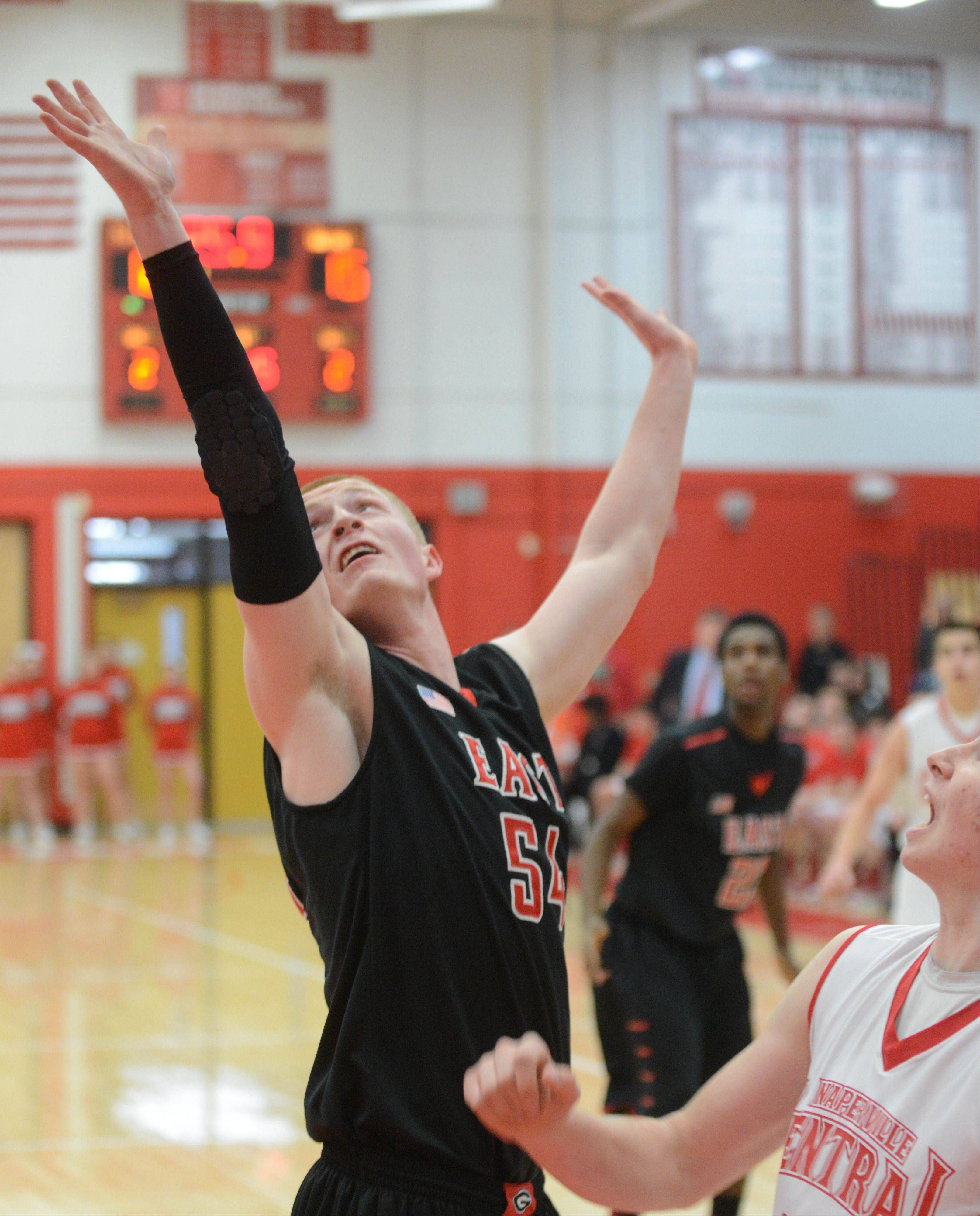 Images: Glenbard East vs. Naperville Central, boys basketball