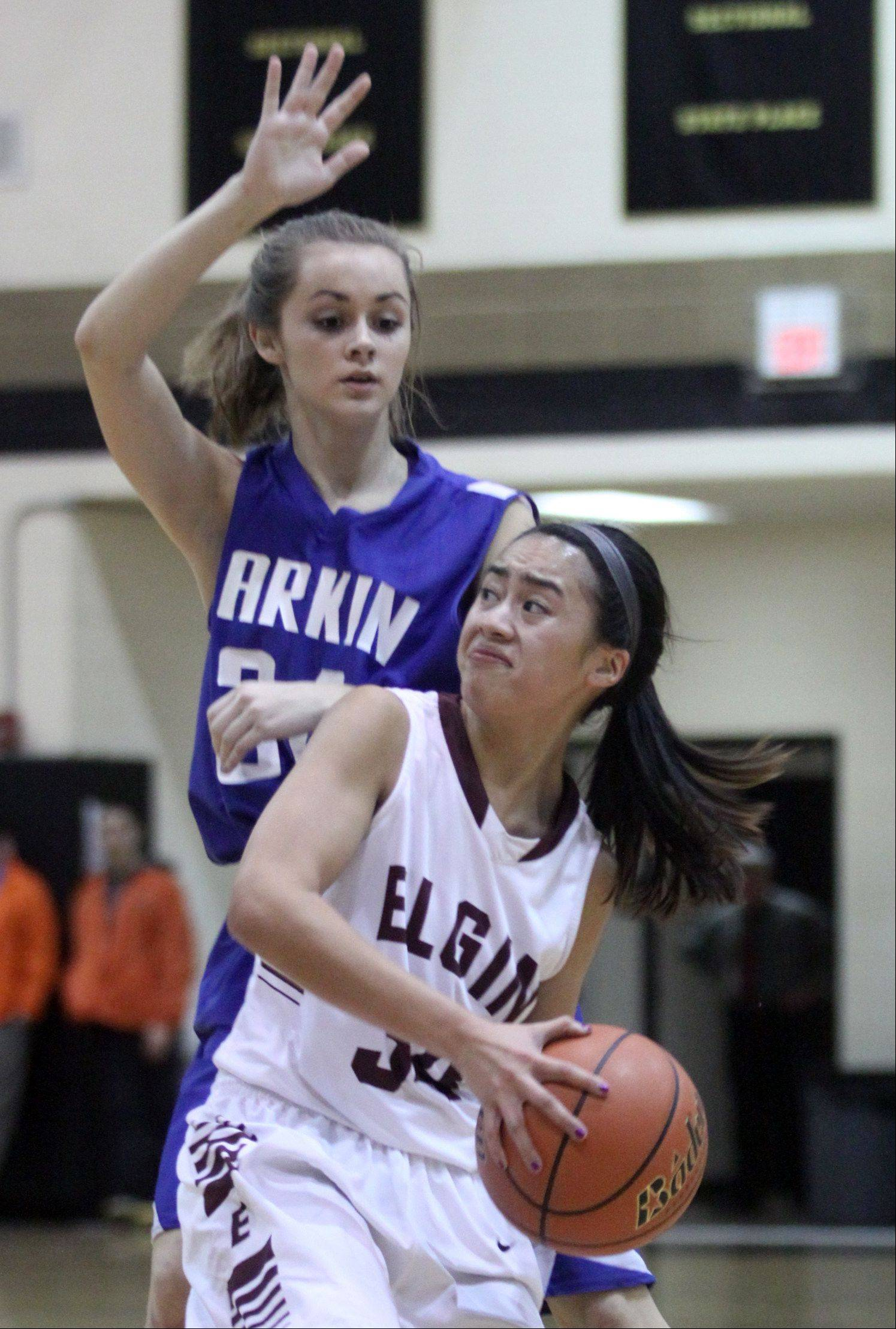 Images from the Elgin vs. Larkin girls regional basketball game Monday, February 11, 2013.
