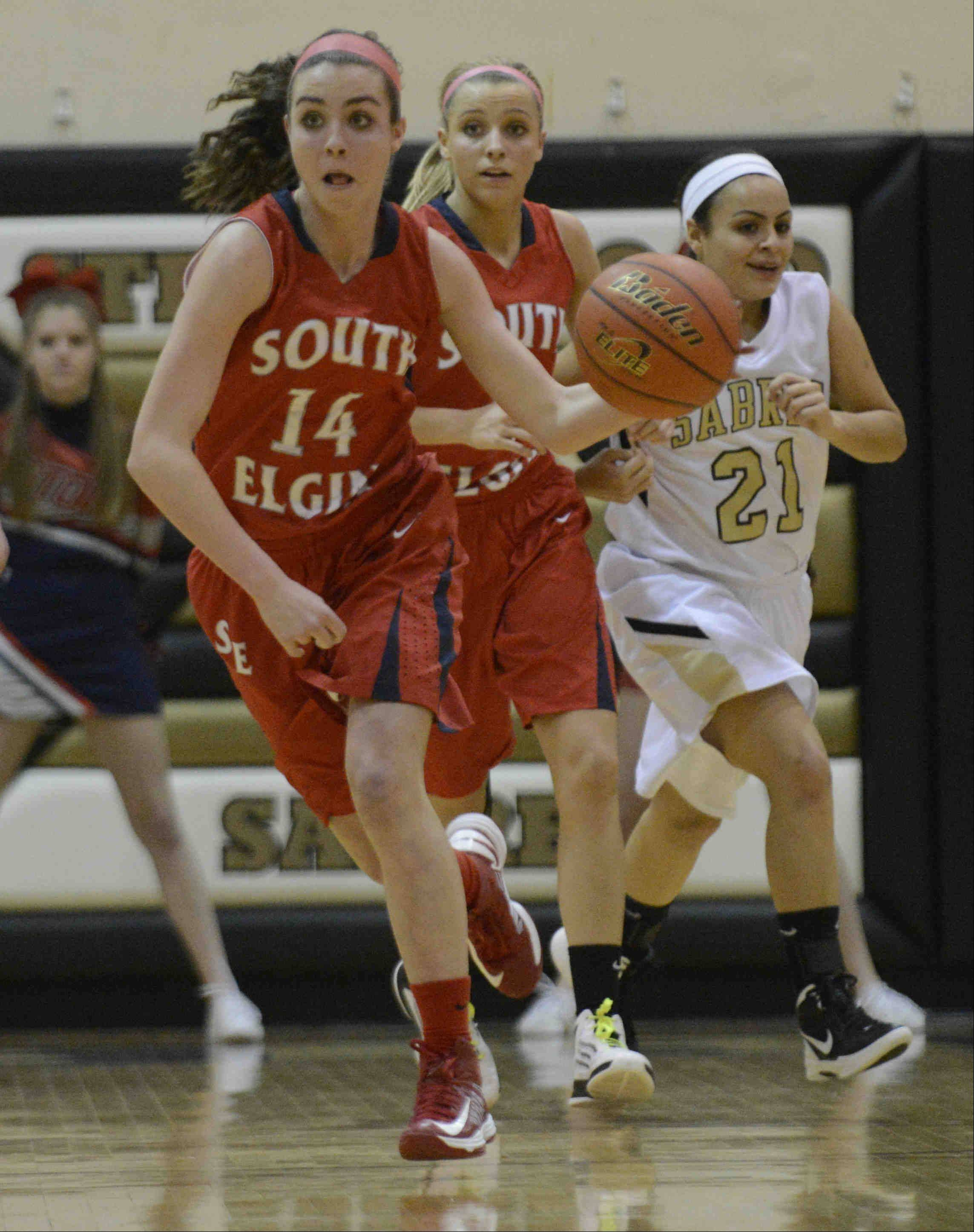 Images from the Streamwood vs. South Elgin regional championship game Thursday, February 14, 2013.