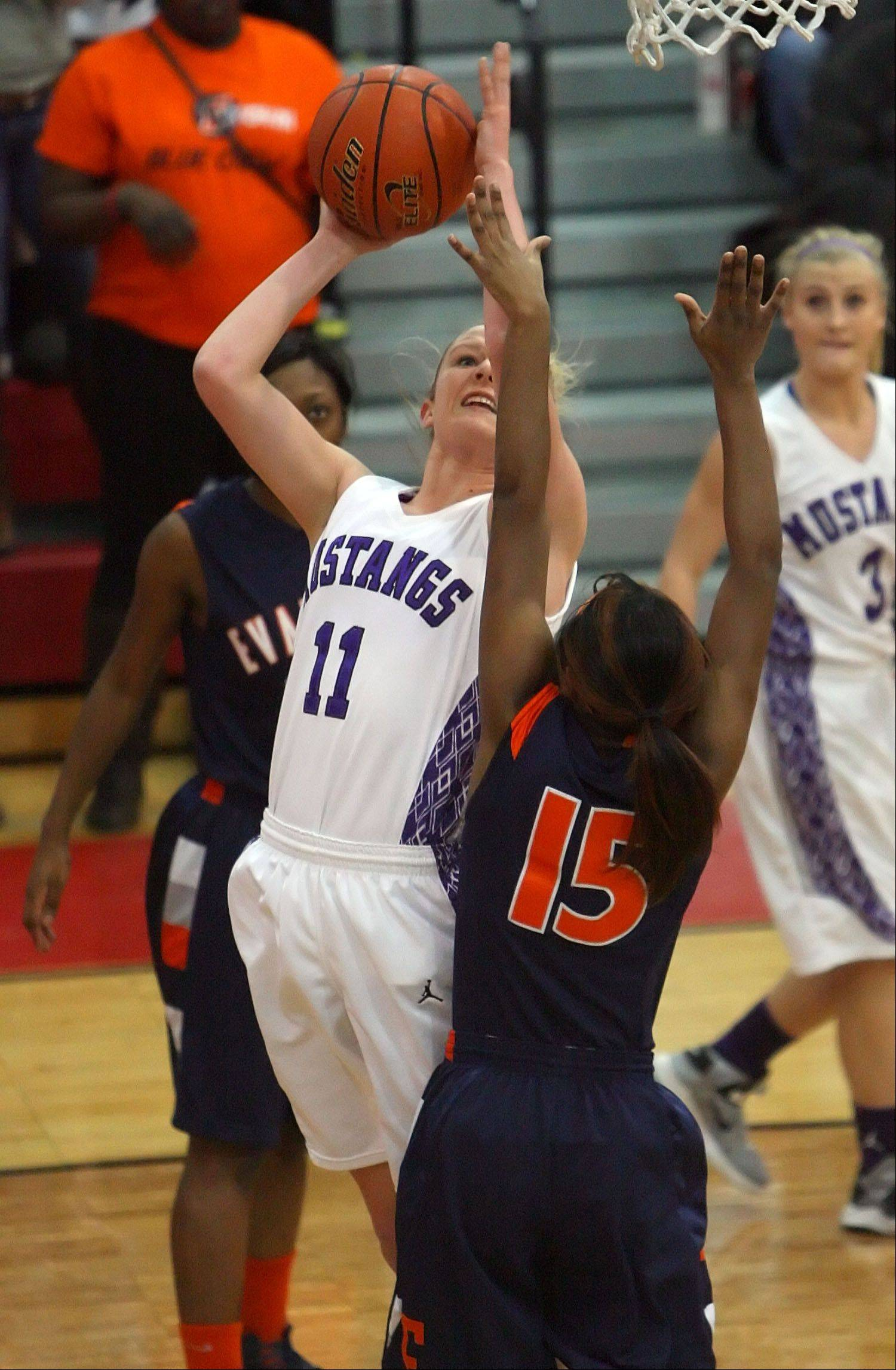 Images from the Rolling Meadows vs. Evanston Class 4A girls basketball supersectional game on Monday, Feb. 25 in Skokie.
