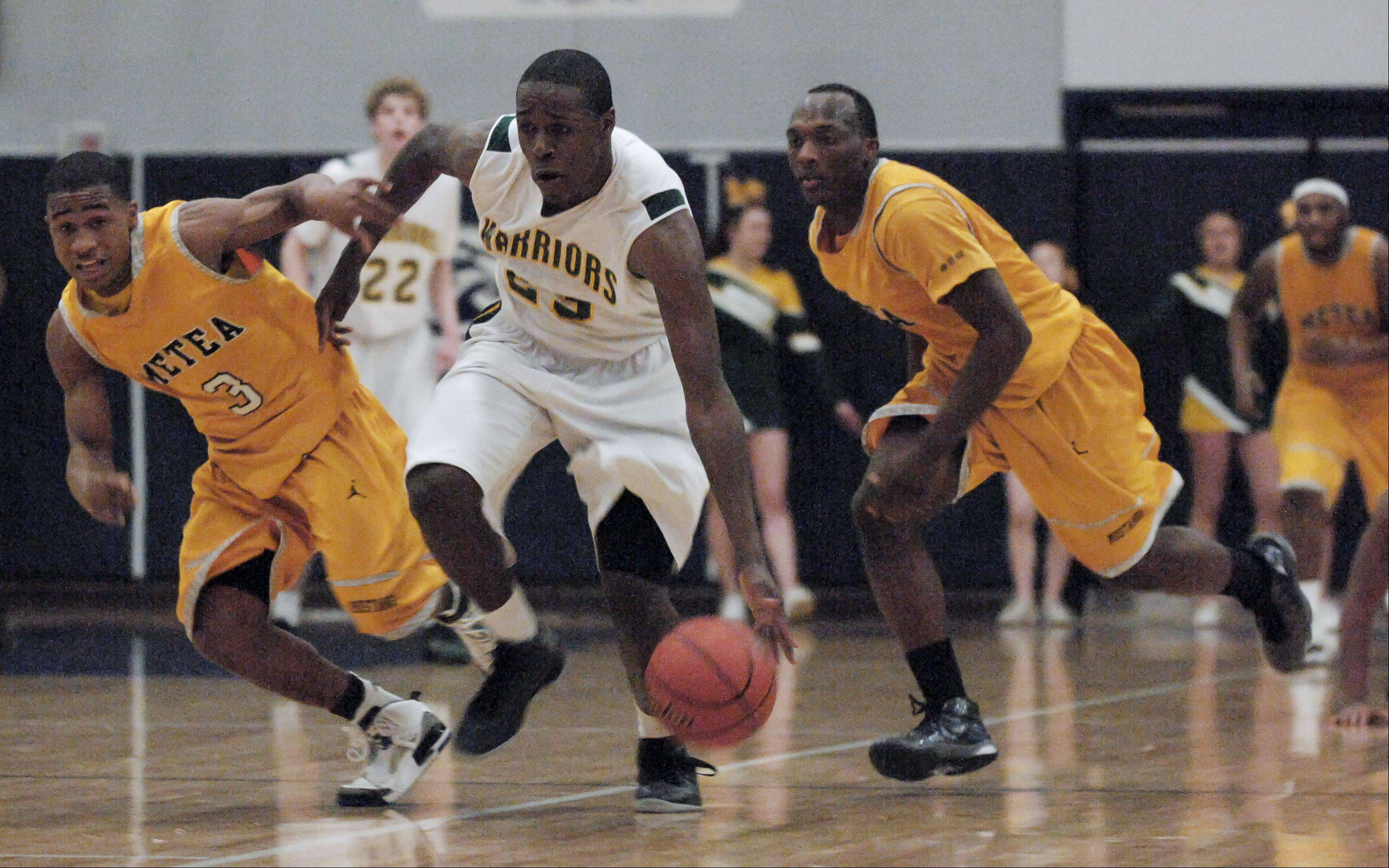 Images: Waubonsie Valley vs. Metea Valley, boys basketball