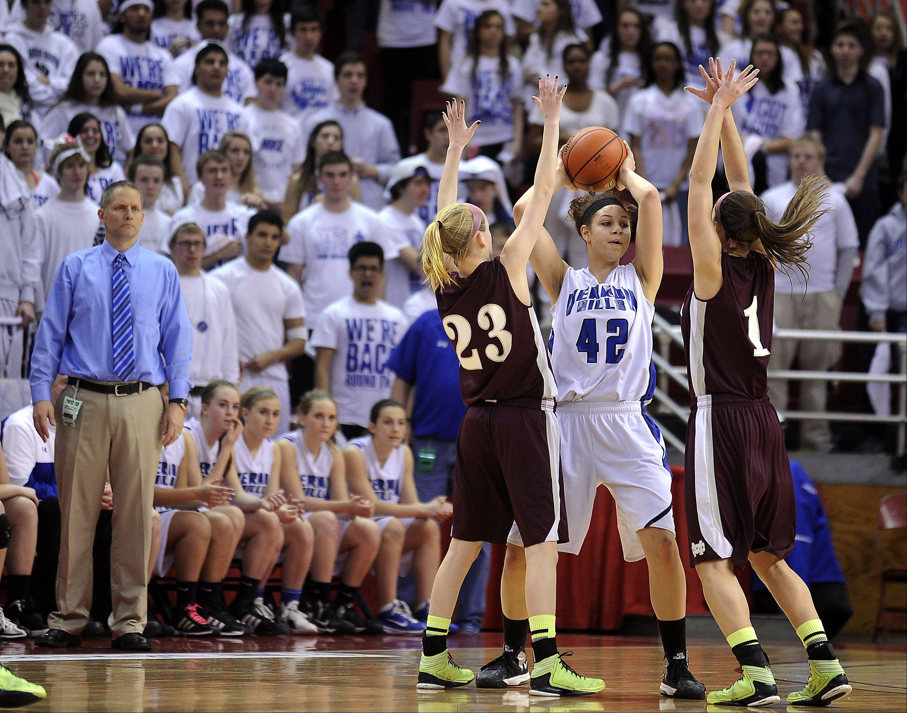 Vernon Hills Lauren Webb is guarded by Montini's Lea Kerstein and Kelsey Bogdan.