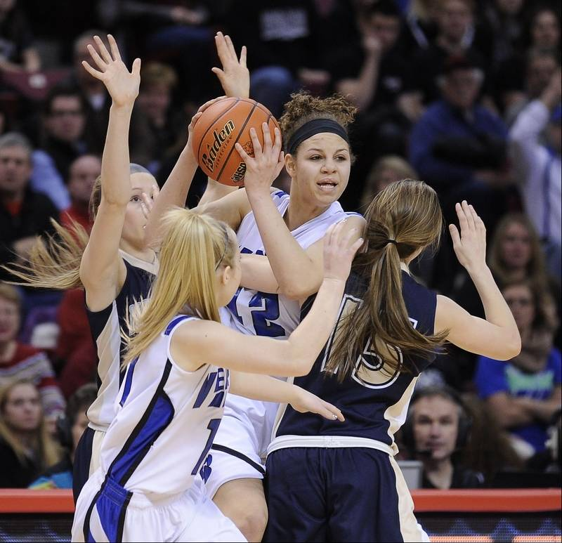 Images from the Vernon Hills vs. Notre Dame Class 3A girls state basketball  championship on