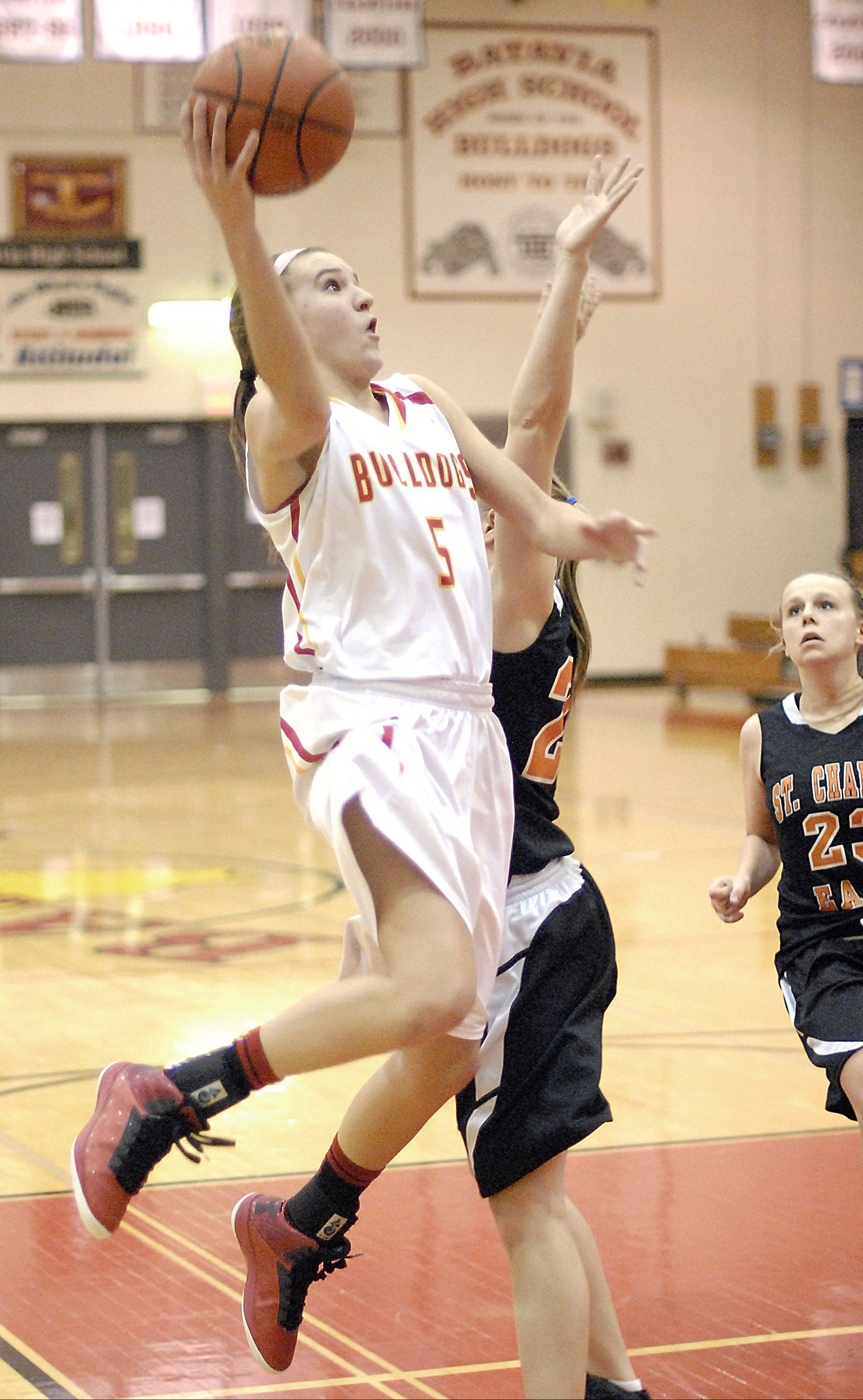 Batavia junior Liza Fruendt averaged 19.7 points, 4.4 rebounds, 2.9 assists and 1.6 steals a game while sinking 78 percent of her free throws.