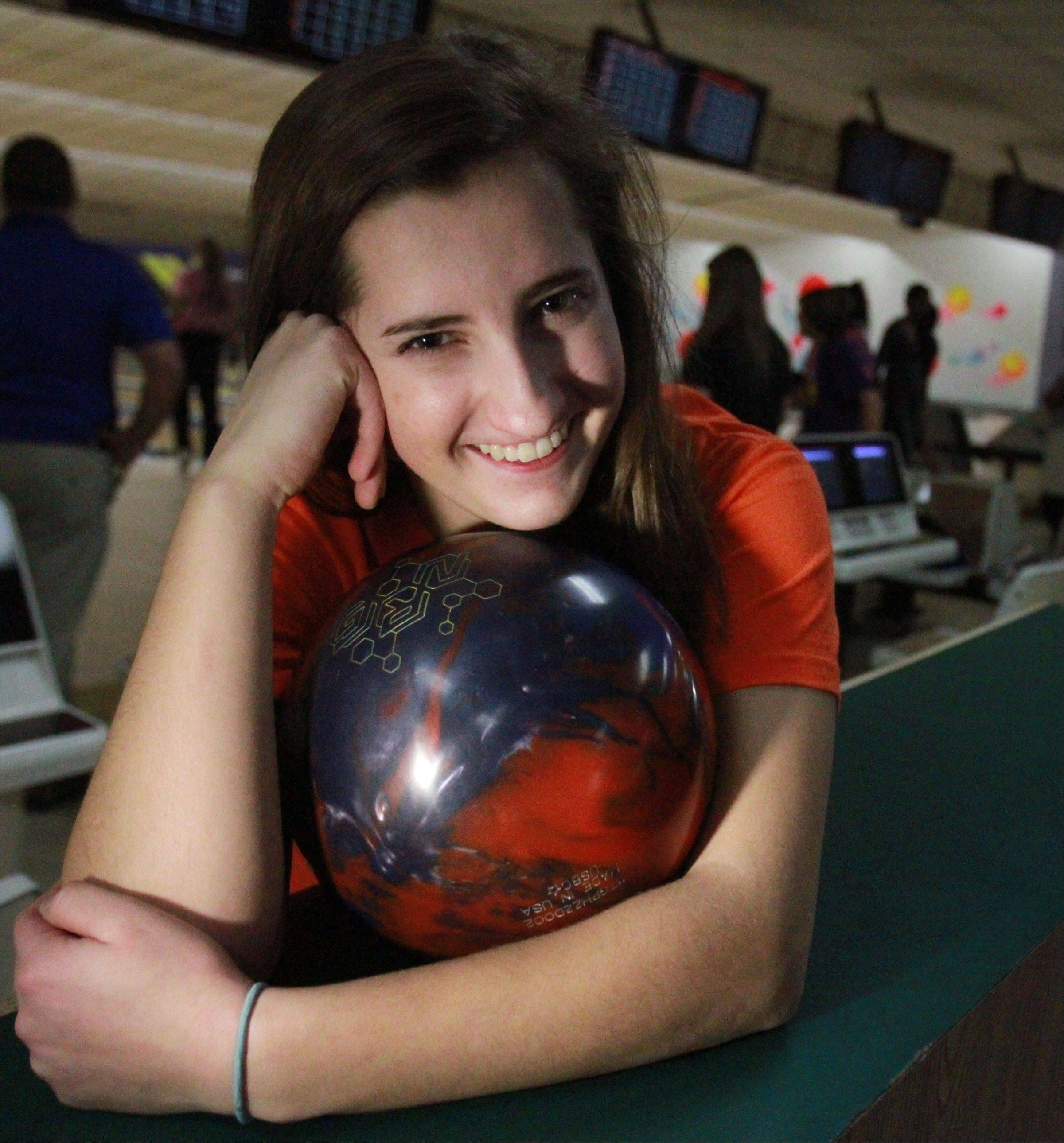 Hoffman Estates standout Sarah Wille will continue to bowl in college at McKendree University.