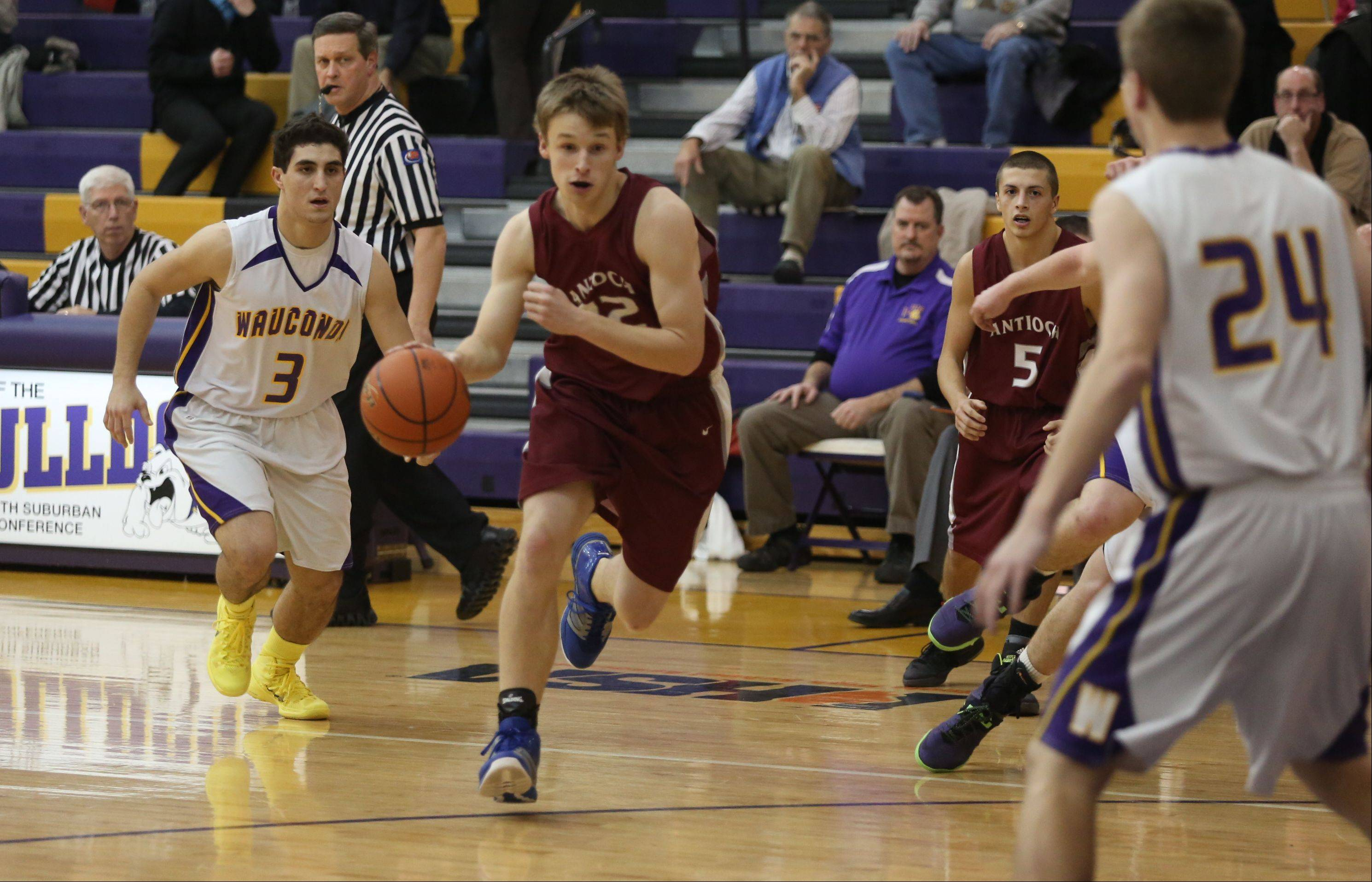 Images: Wauconda vs. Antioch boys basketball