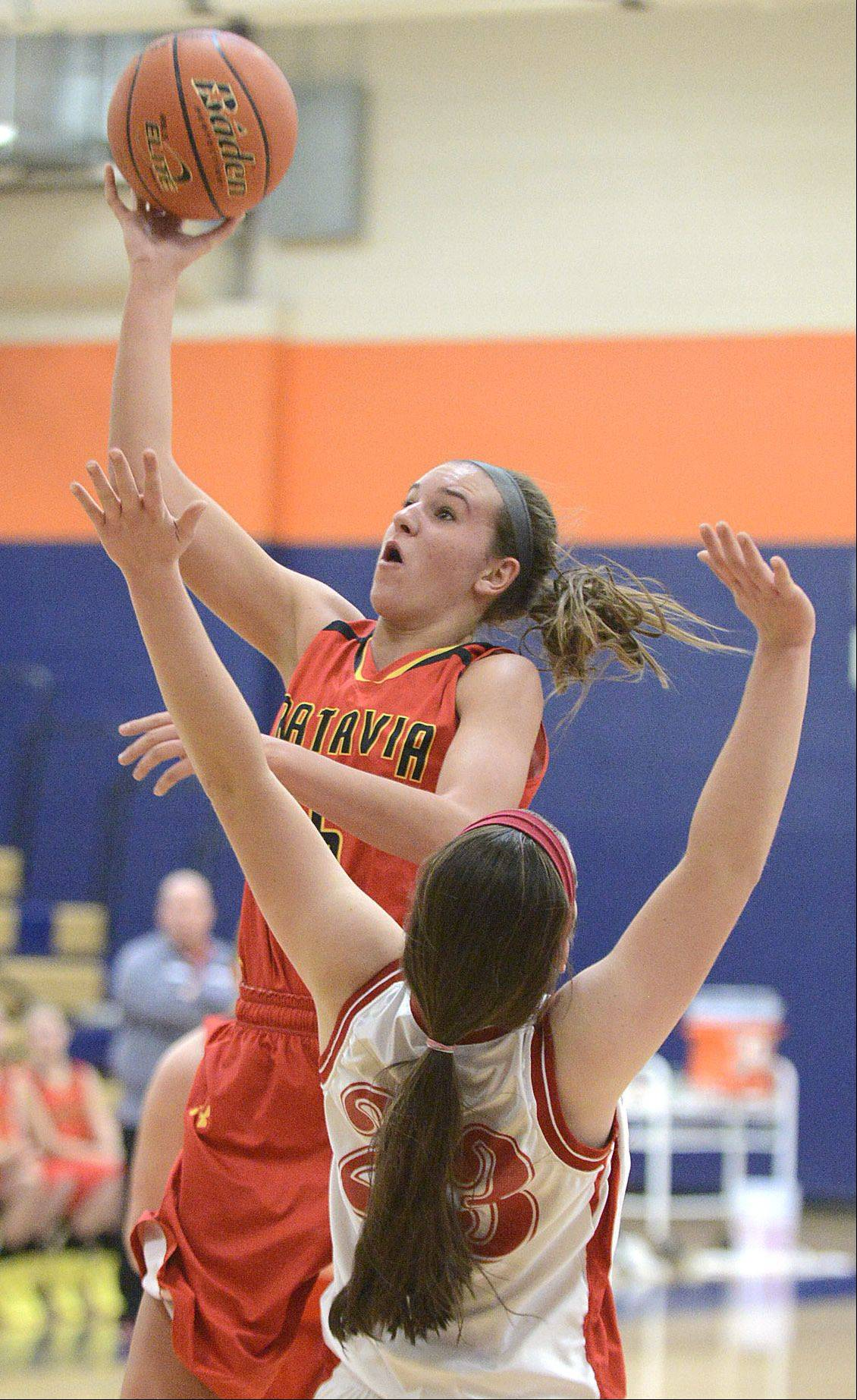 Batavia's Liza Fruendt shoots over a block by Naperville Central's Lisa Tassi in the second quarter on Saturday.