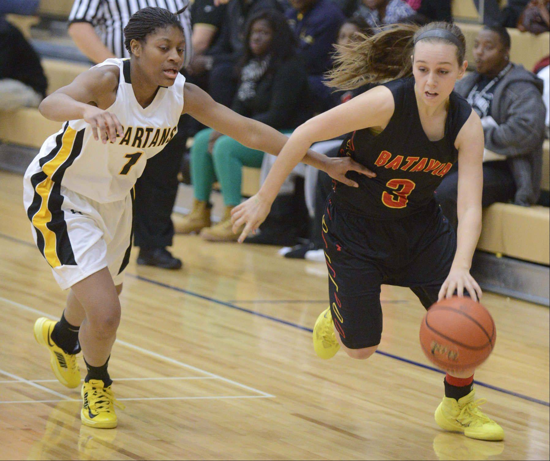 Images from the Batavia vs. Marian Catholic girls basketball game Wednesday, December 18, 2013.