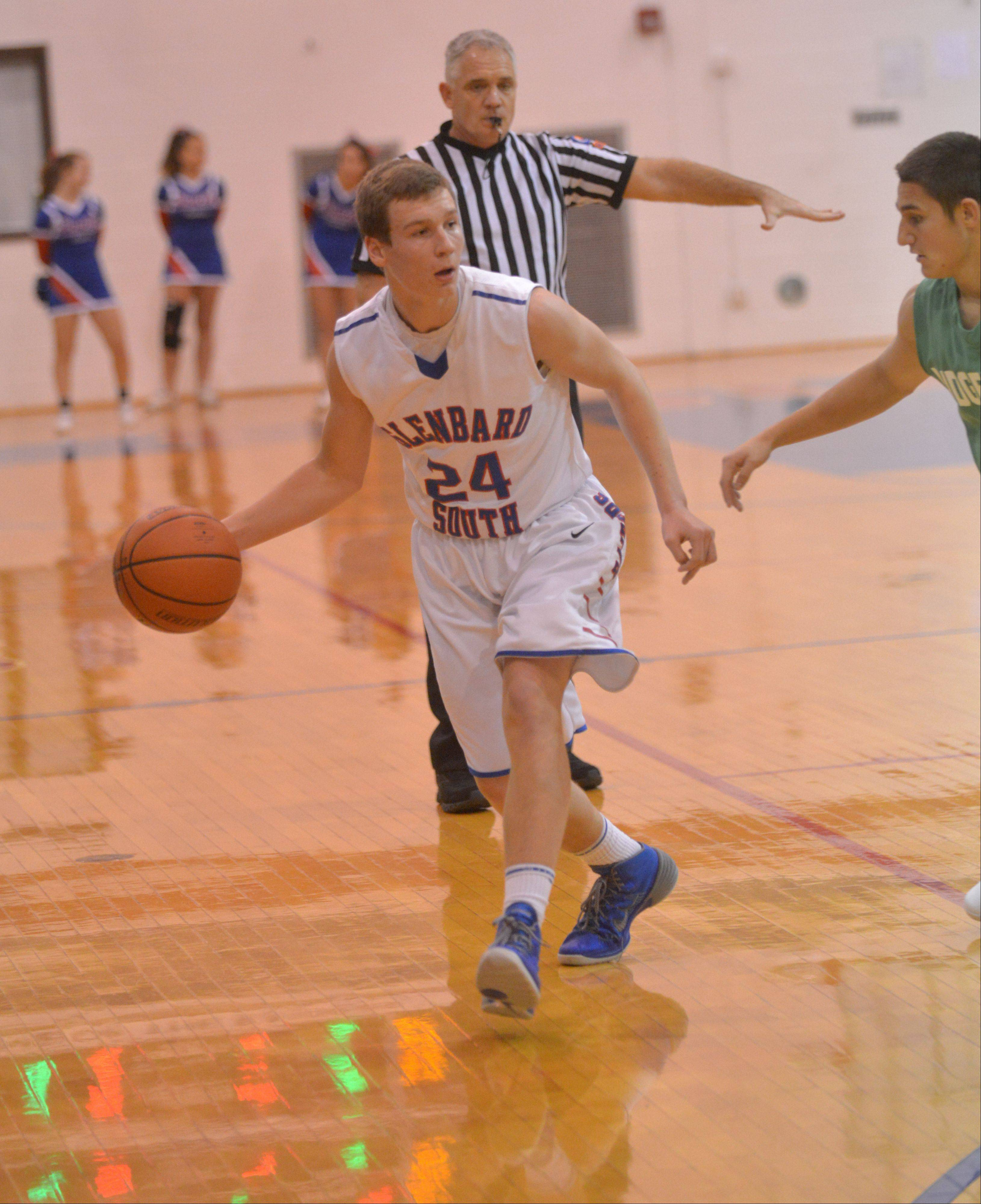 Photos from the Ridgewood at Glenbard South boys basketball game Thursday, Dec. 19.