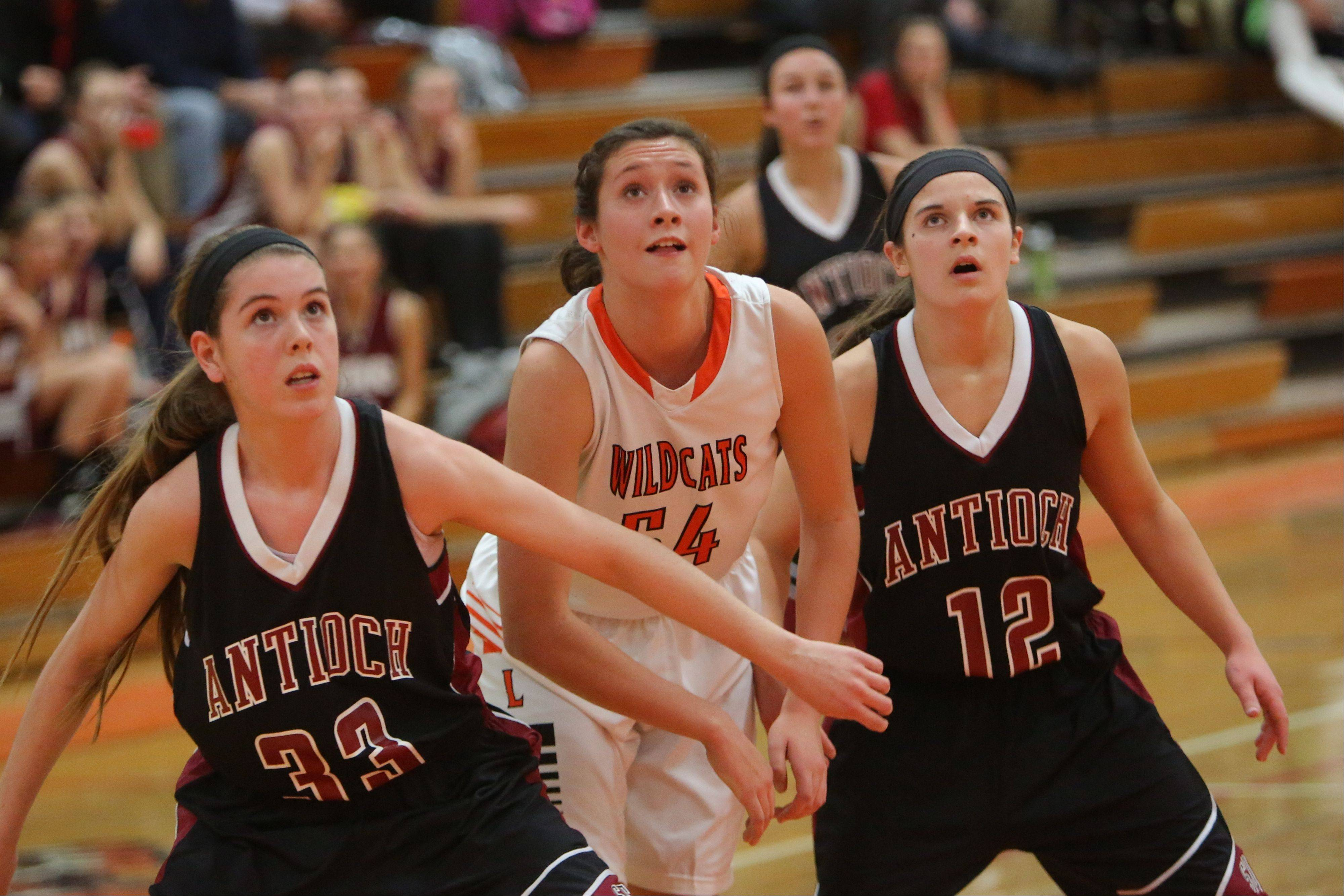 Images: Libertyville vs. Antioch girls basketball