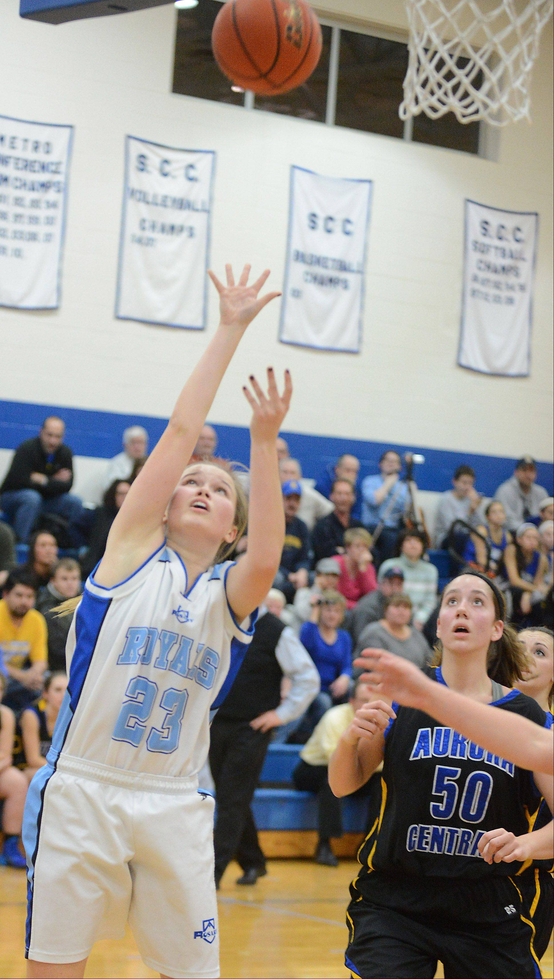 Images from the Aurora Central Catholic vs. Rosary girls basketball game Thursday, January 9, 2014.