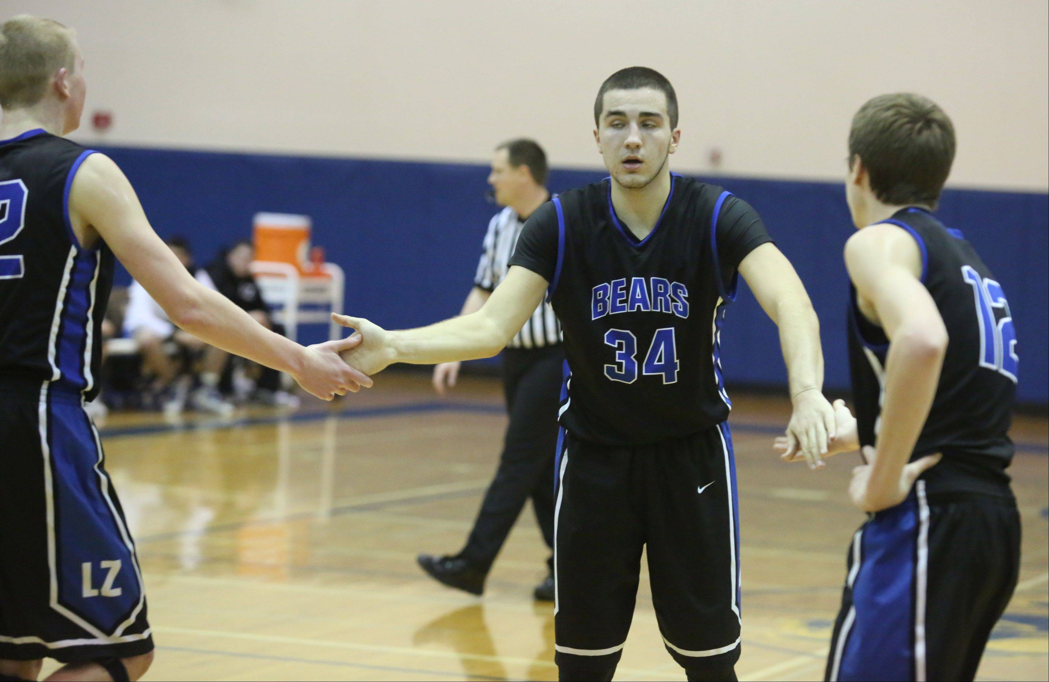 Images: Warren vs. Lake Zurich boys basketball