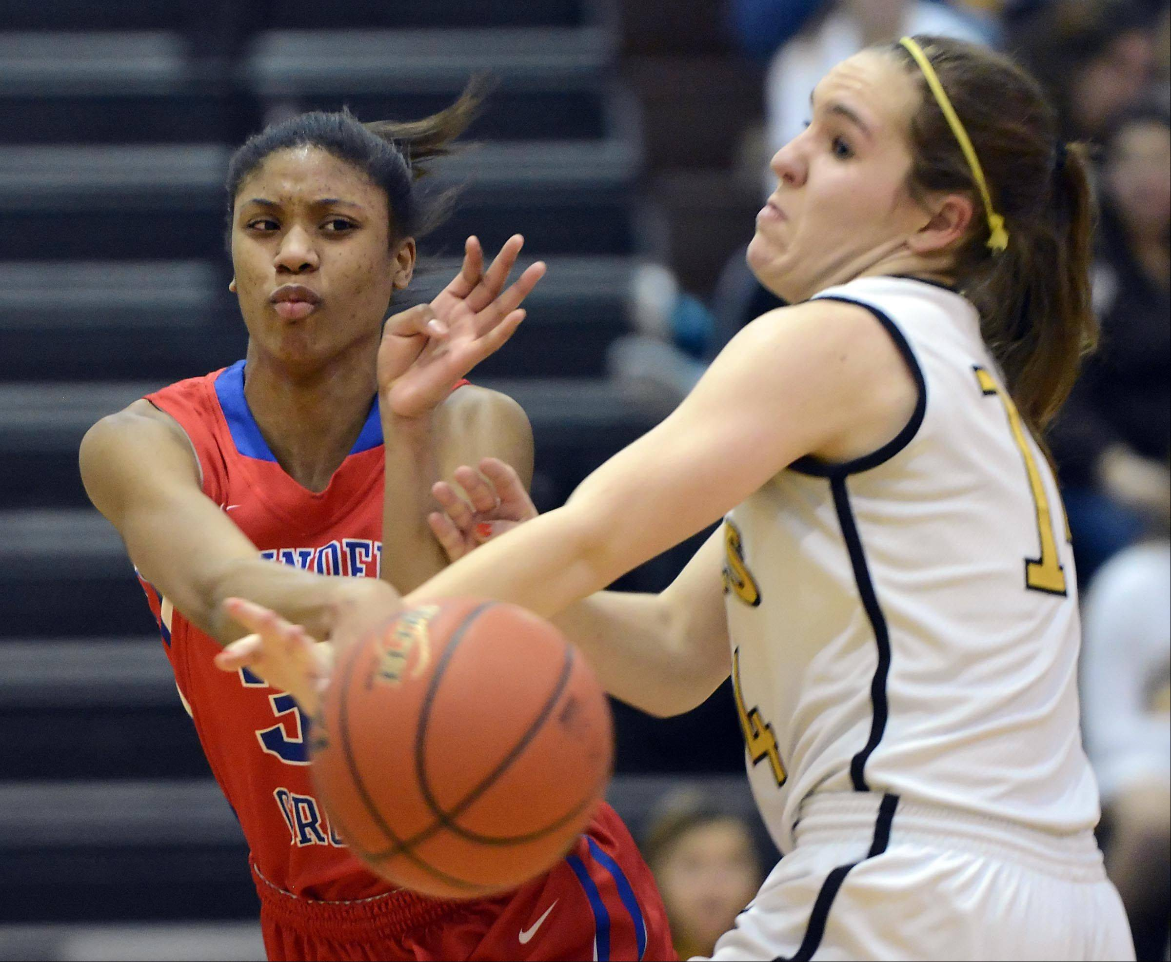 Images: Dundee-Crown vs. Jacobs girls basketball