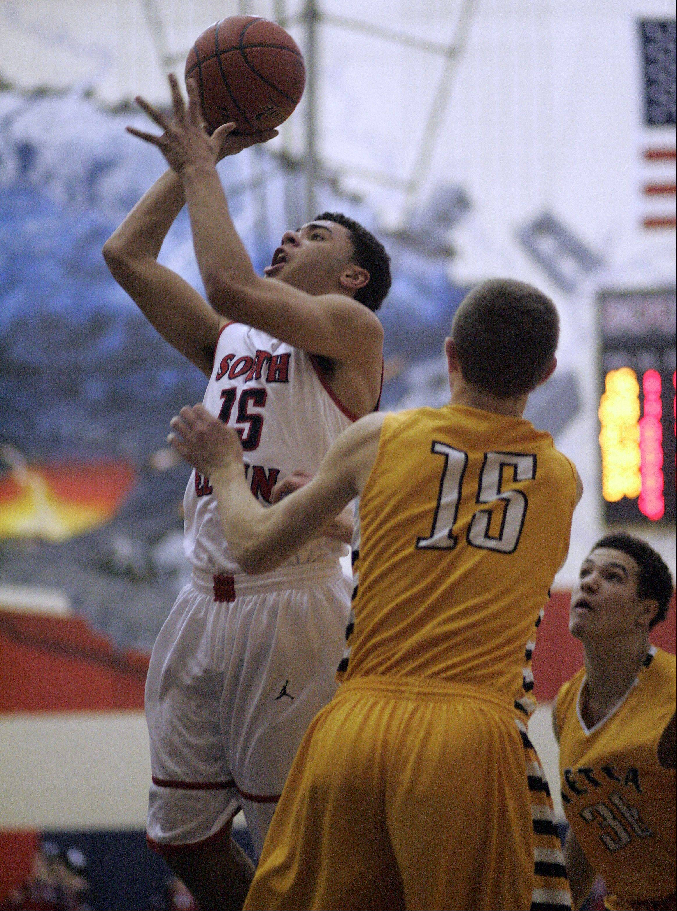 Images from the Metea Valley vs. South Elgin boys basketball game Friday, January 24, 2014.