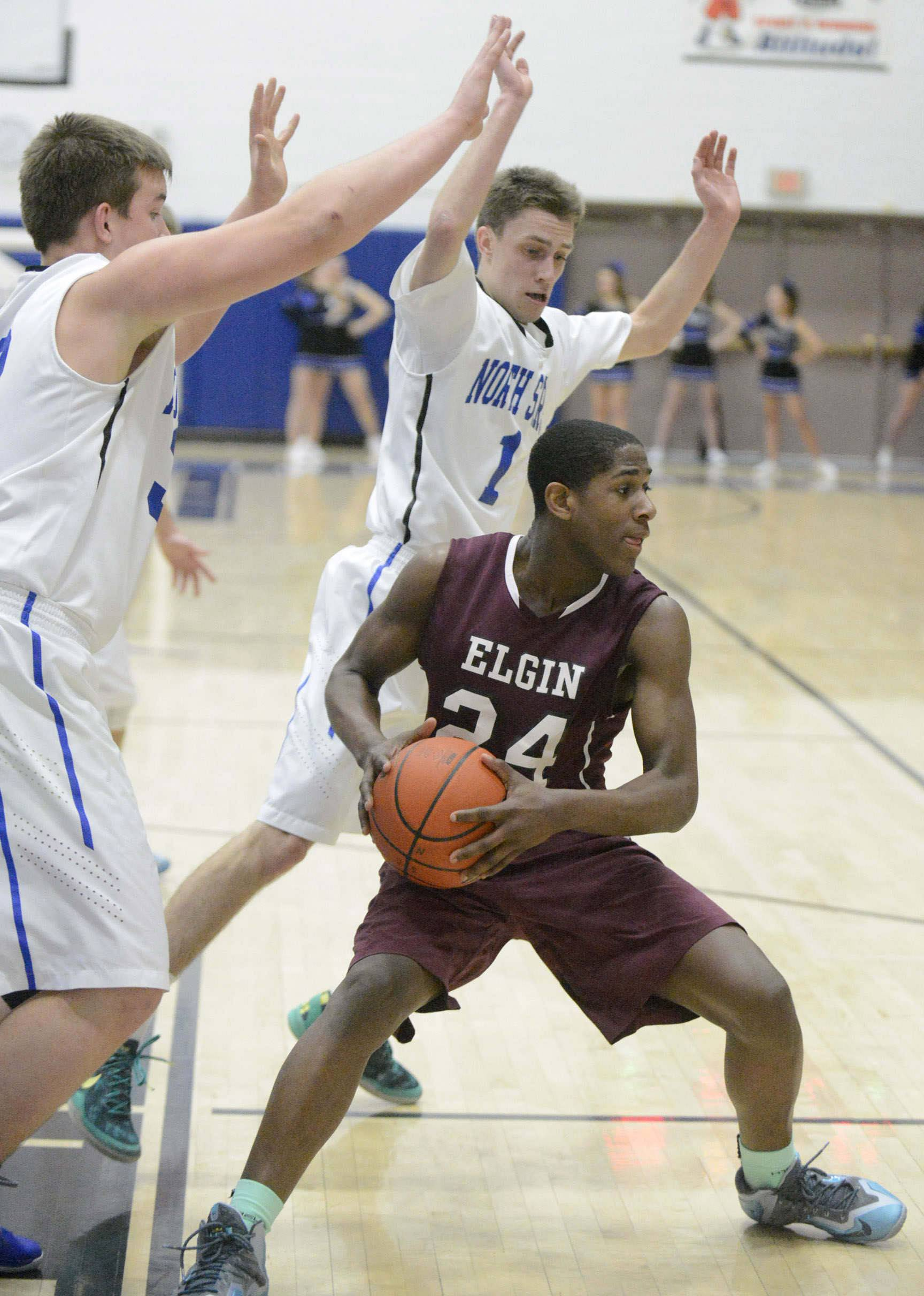Images from the Elgin vs. St. Charles North boys basketball game Tuesday, February 11, 2014.