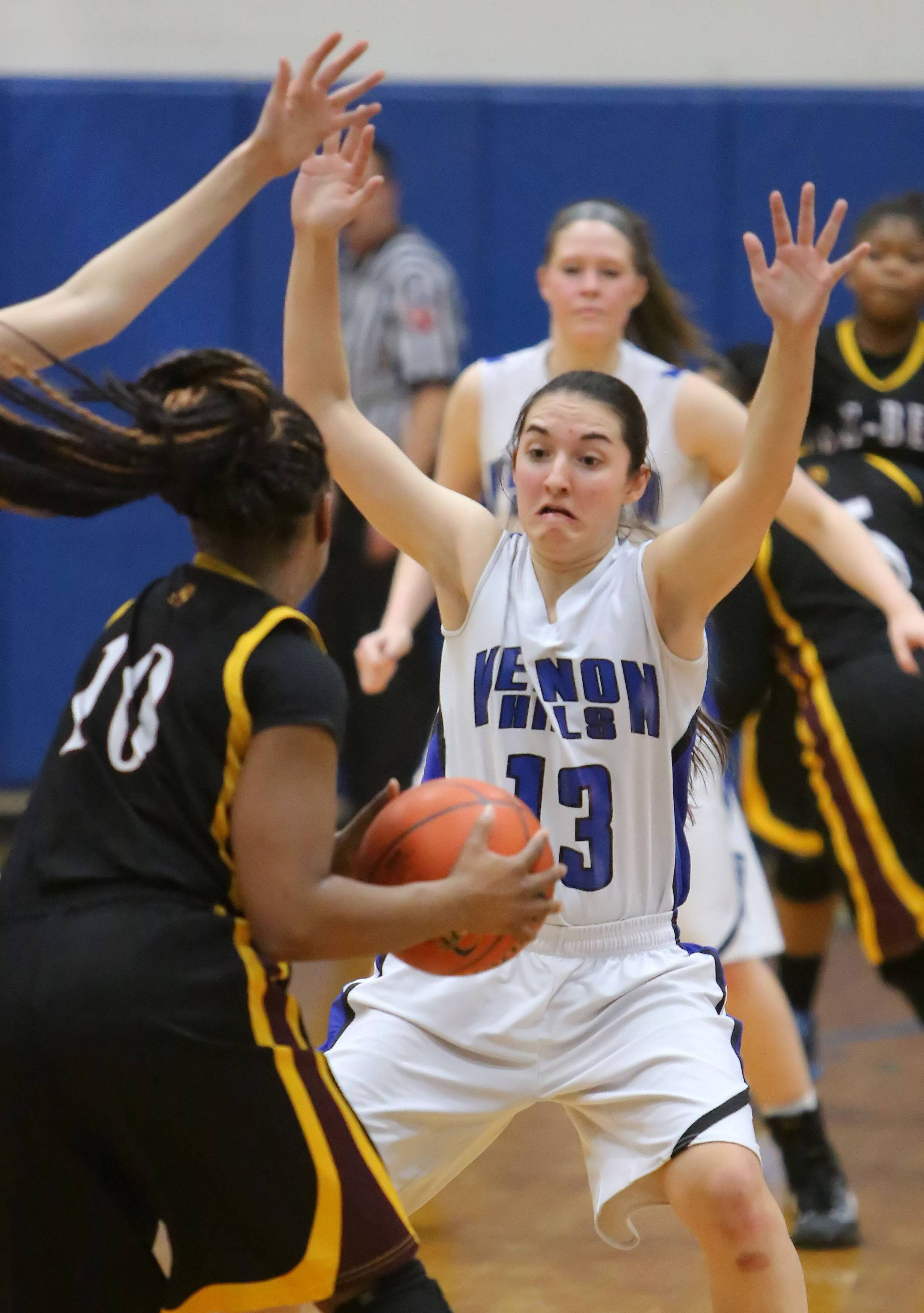 Vernon Hills' Katherine Koczwara, right, defends Zion-Benton's Tyvena Scafe during the North Suburban Conference championship game Wednesday night at Vernon Hills.