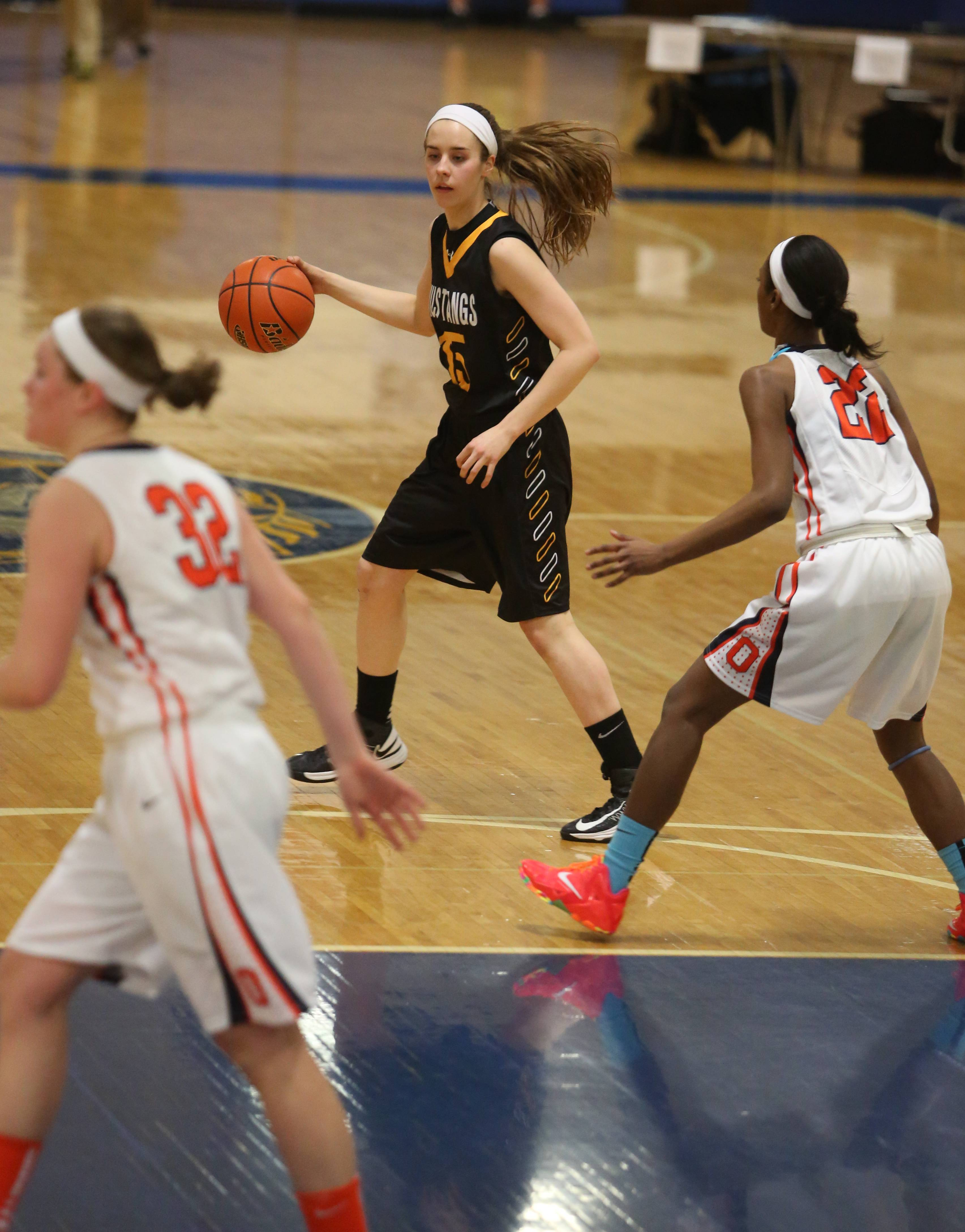 Photos from the Metea Valley vs. Oswego girls basketball at Joliet Central High School Monday, Feb. 24.