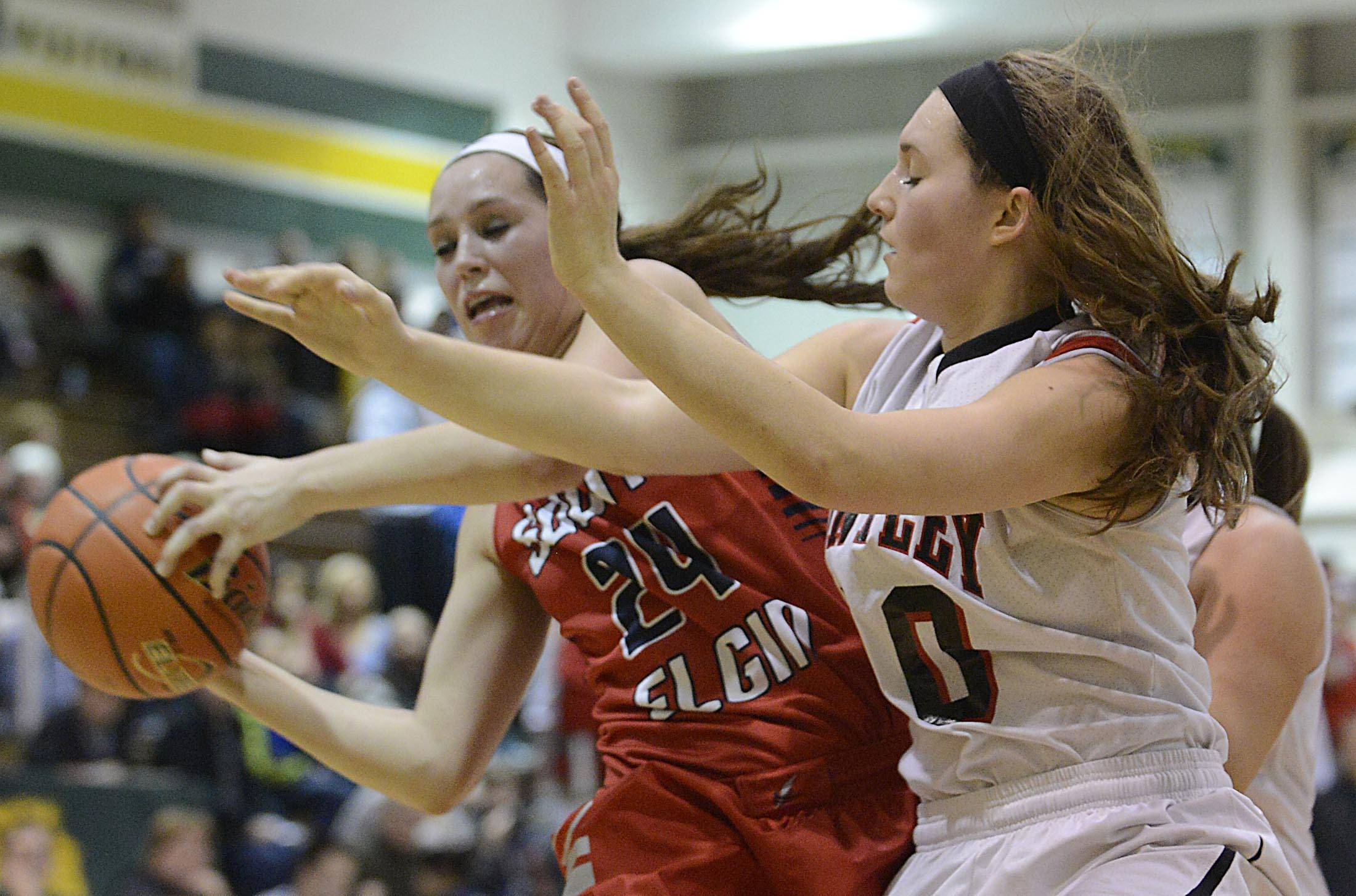 Big second half puts Huntley over South Elgin