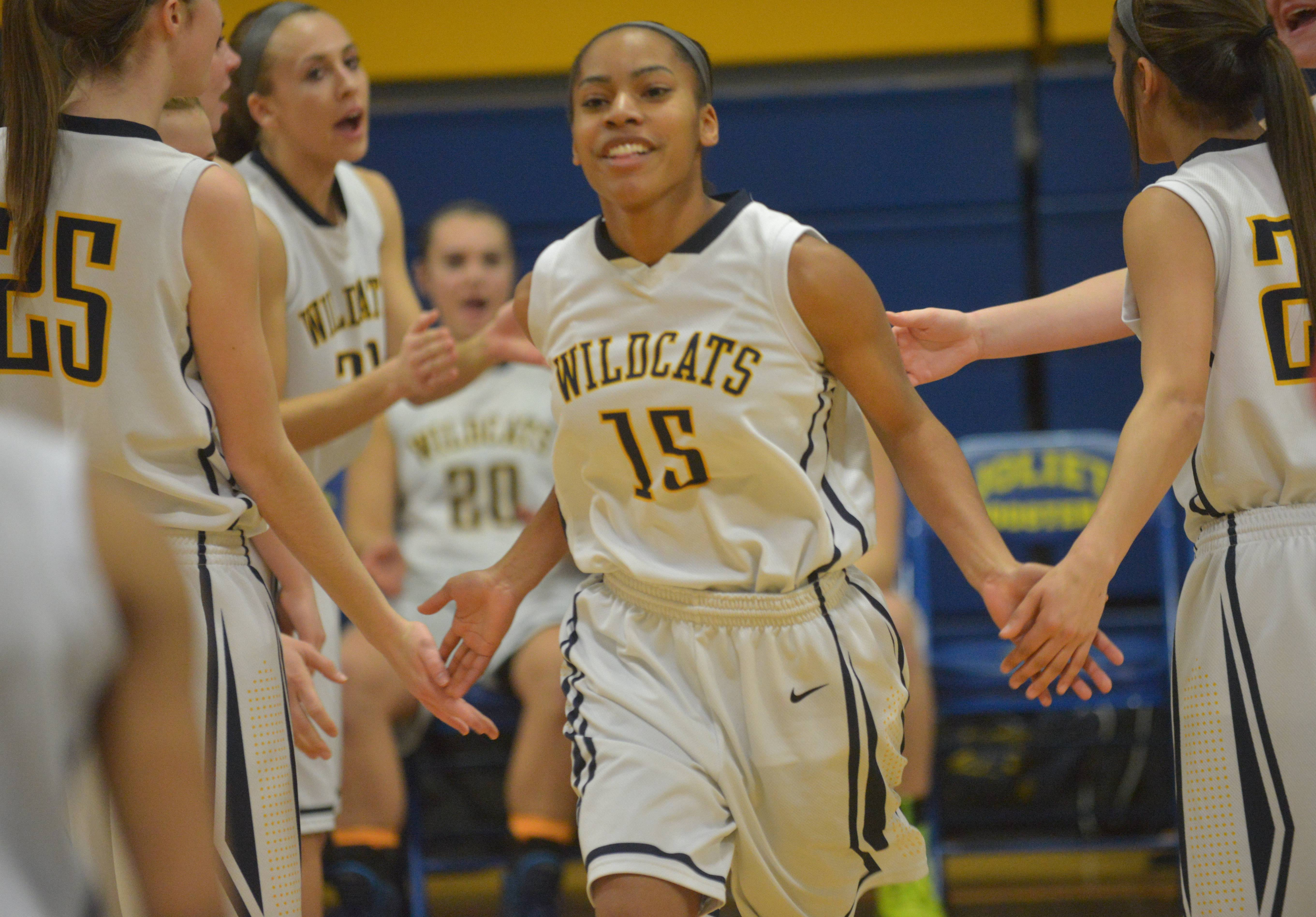 Images: Neuqua Valley vs. Oswego girls basketball