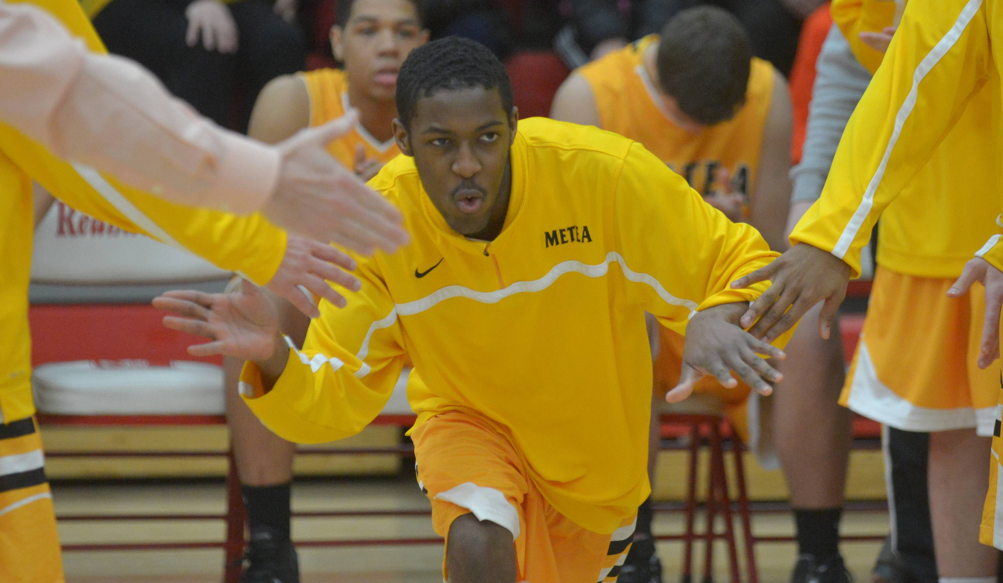 Images: Metea Valley vs. Naperville Central boys basketball