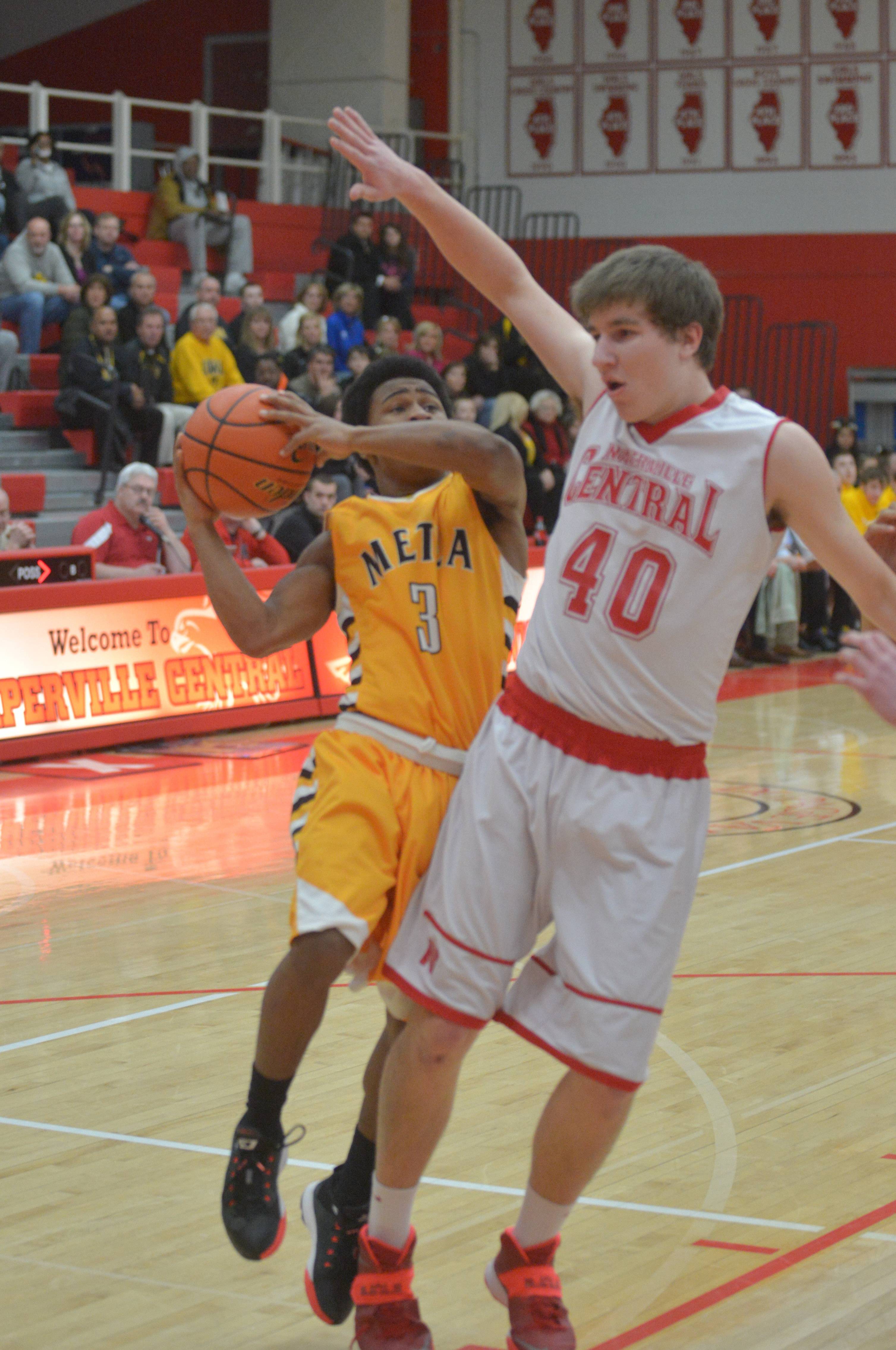 Metea Valley vs. Naperville Central at Class 4A Naperville Central regional semifinals boys basketball action Wednesday, March 5.