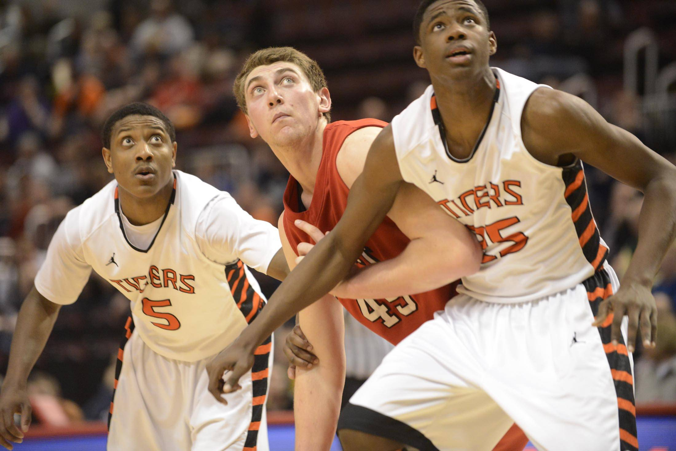 Images: Benet Academy vs. Edwardsville 4A State Semifinal Boys Basketball