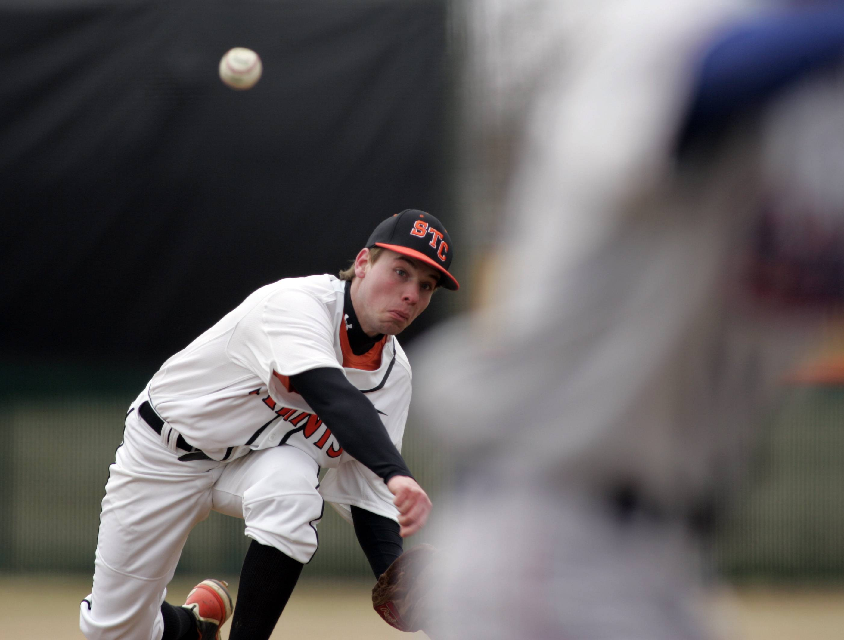 Barry preserves St. Charles East's opening-day win