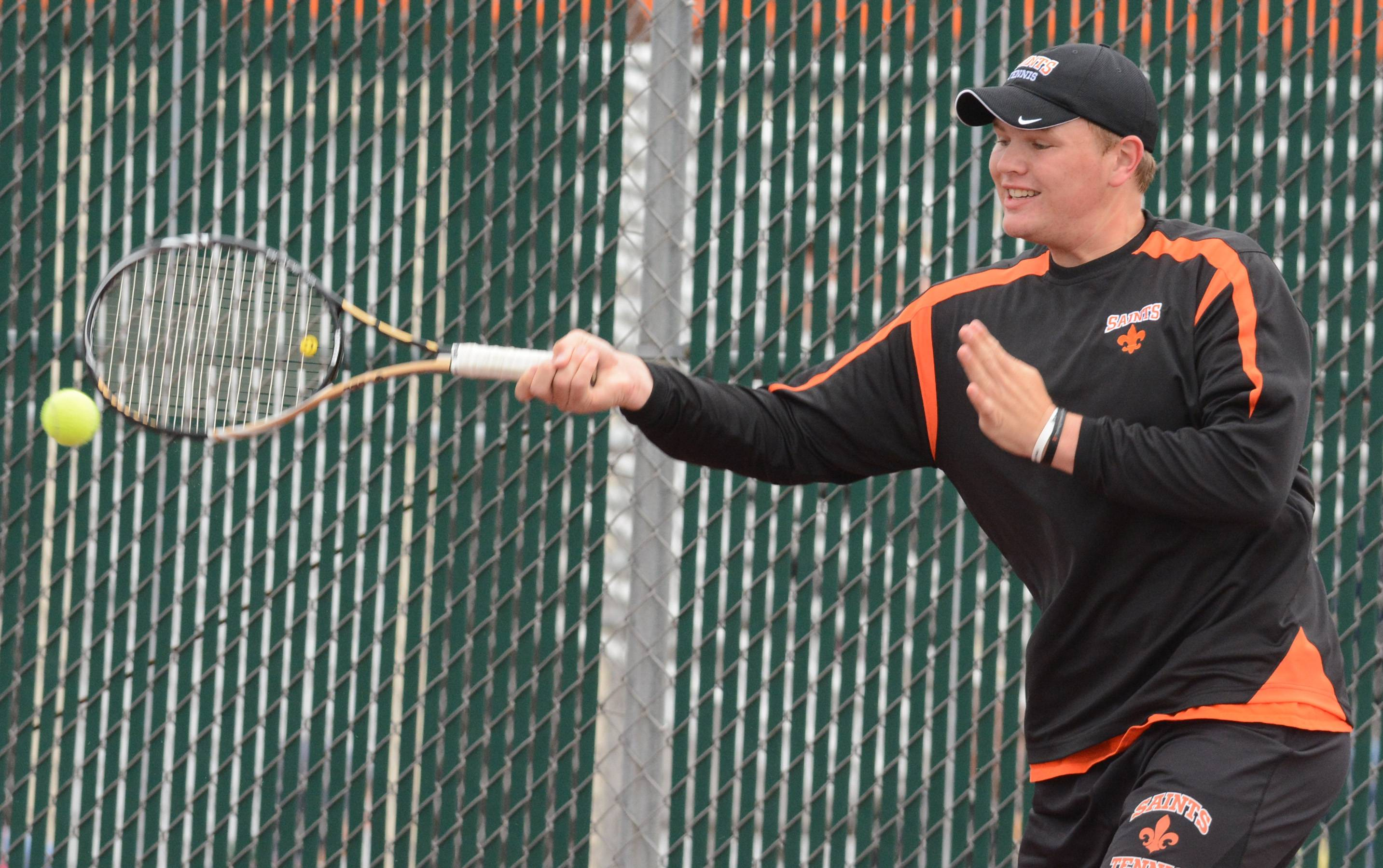 Koenen aims big in final year at St. Charles East