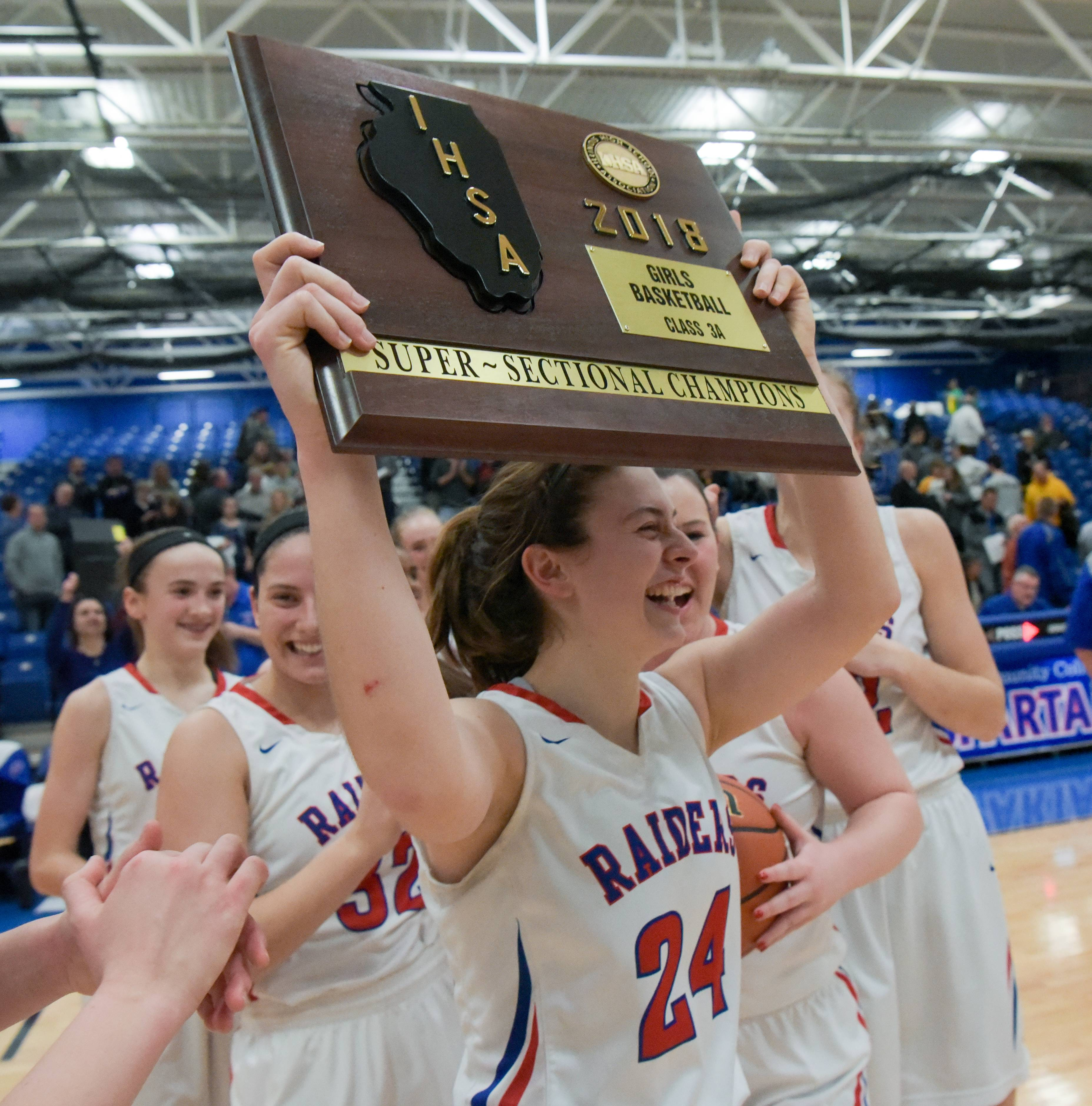 Images: Glenbard South vs. Carmel Catholic, Class 3A girls supersectional basketball