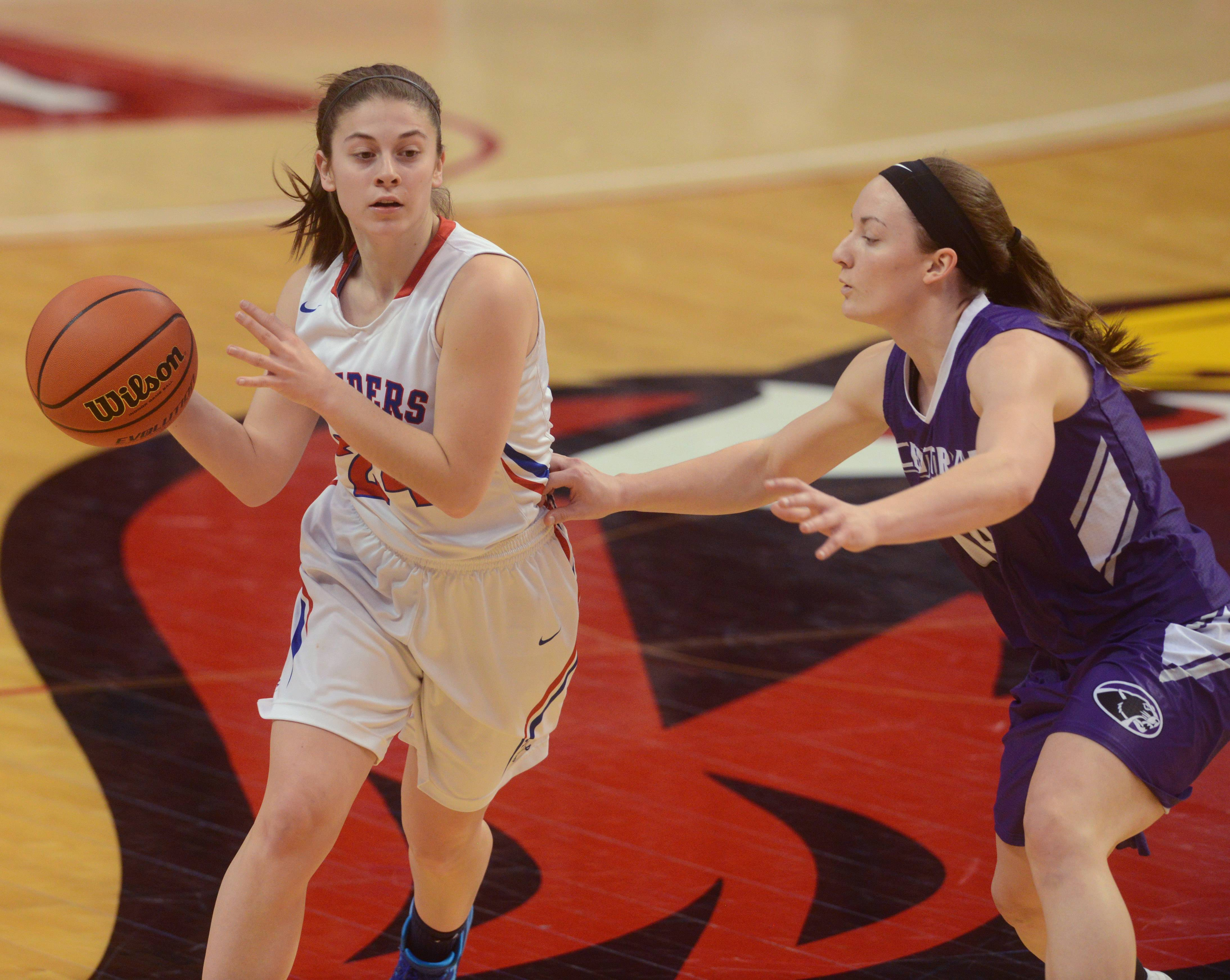 Images: Glenbard South plays for third place in the girls Class 3A state basketball tournament