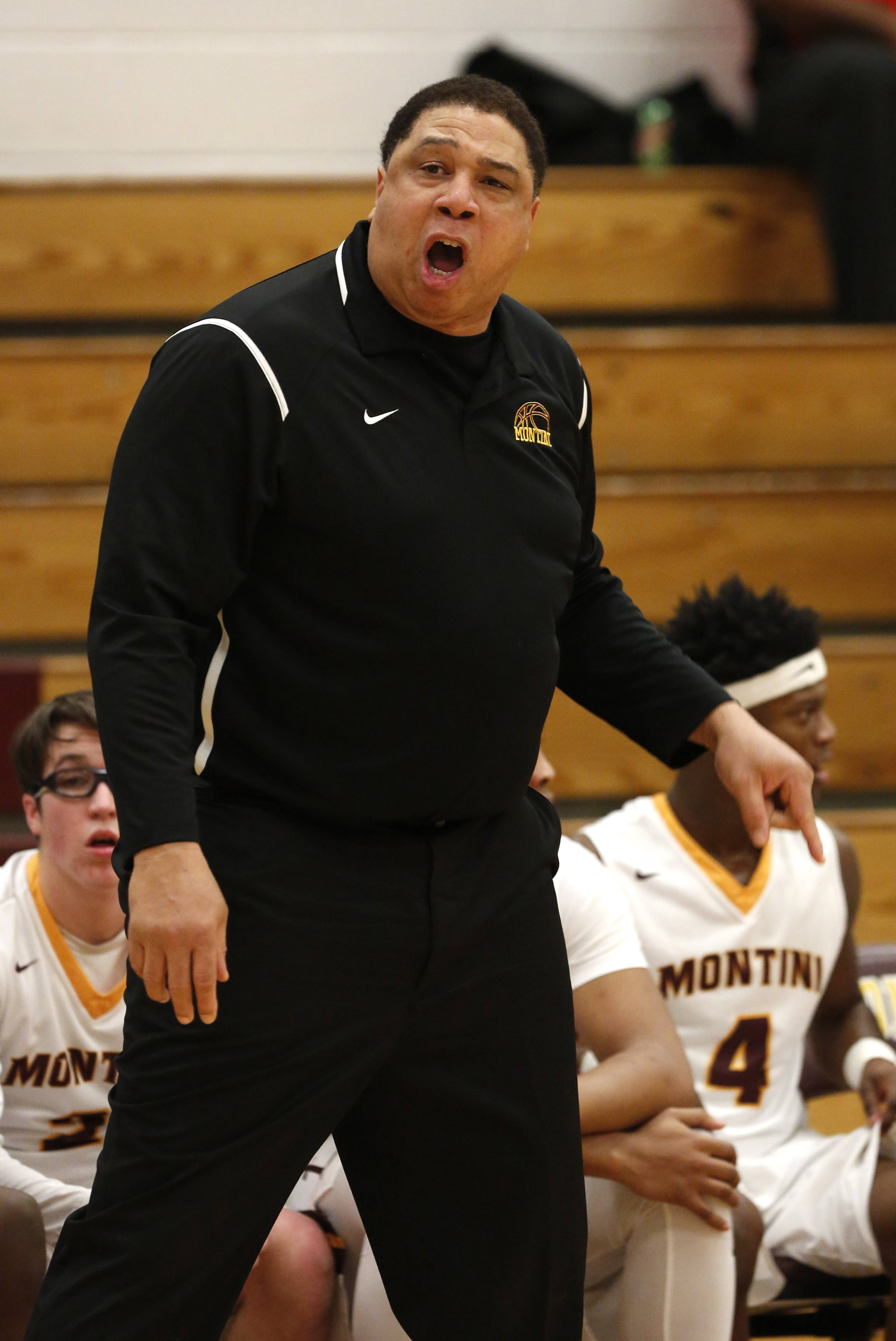 "Montini boys basketball coach Daryl Thomas died Wednesday morning of a ""massive heart attack,"" according to the school."